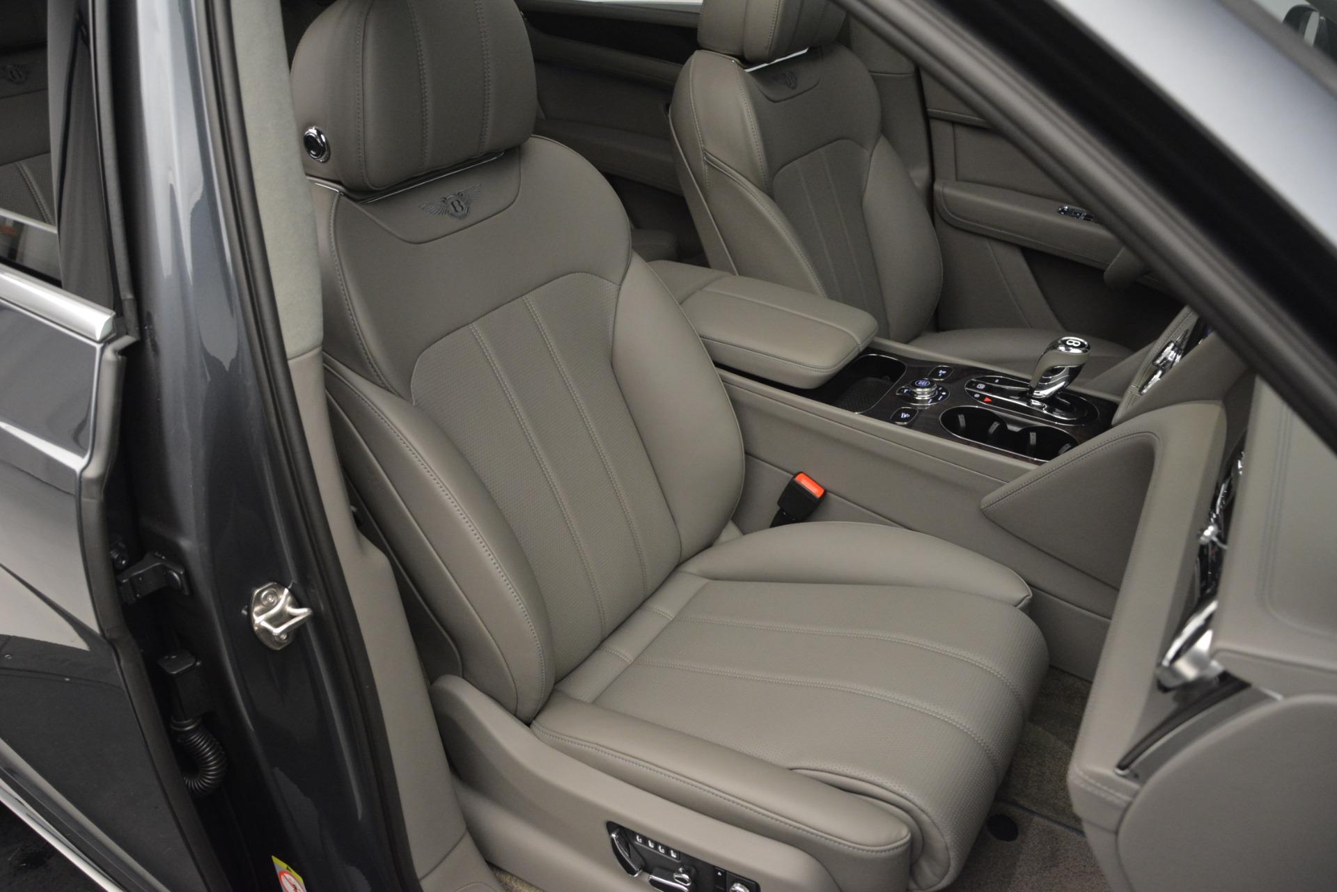 Used 2019 Bentley Bentayga V8 For Sale In Westport, CT 2828_p28