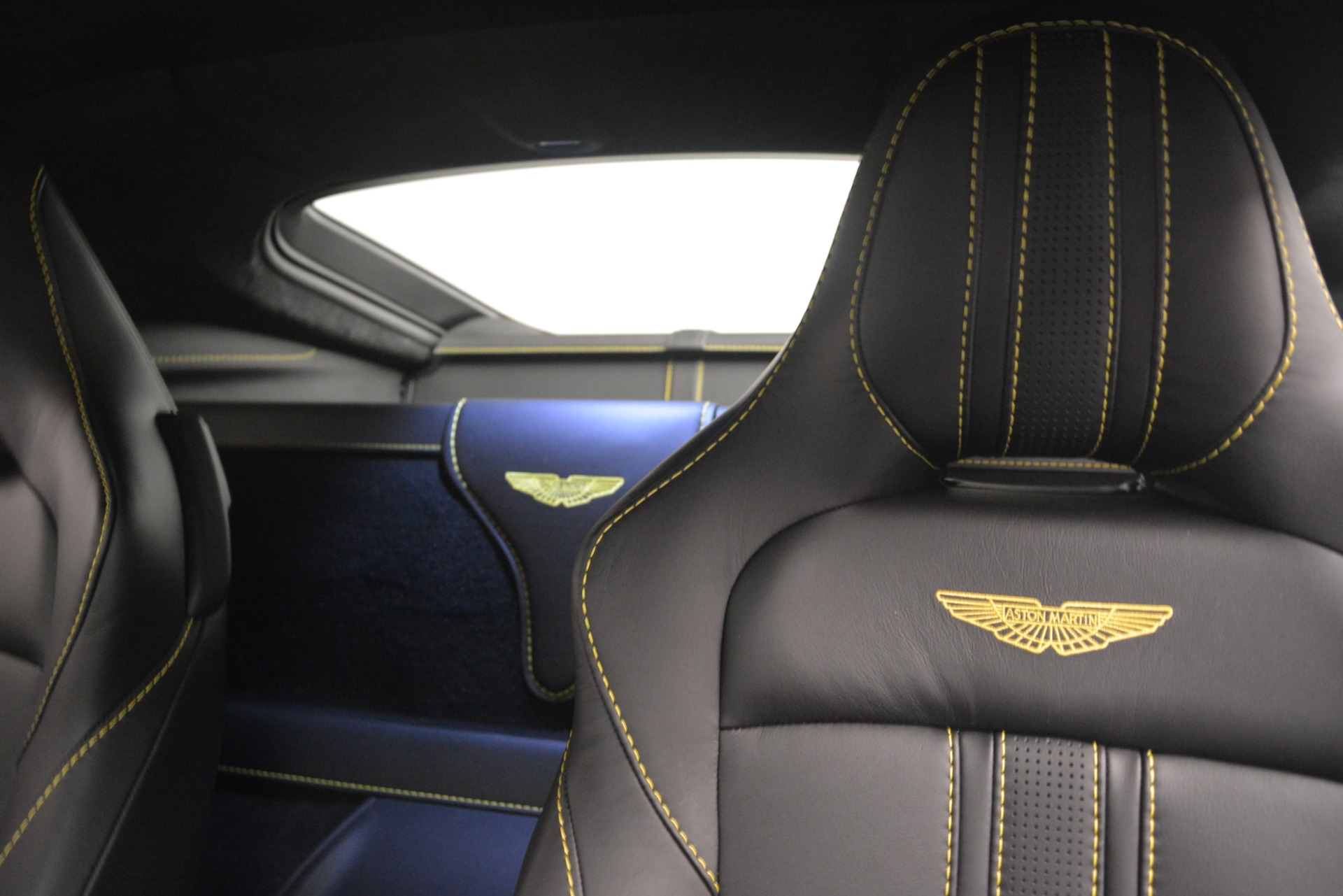 New 2019 Aston Martin Vantage  For Sale In Westport, CT 2831_p17