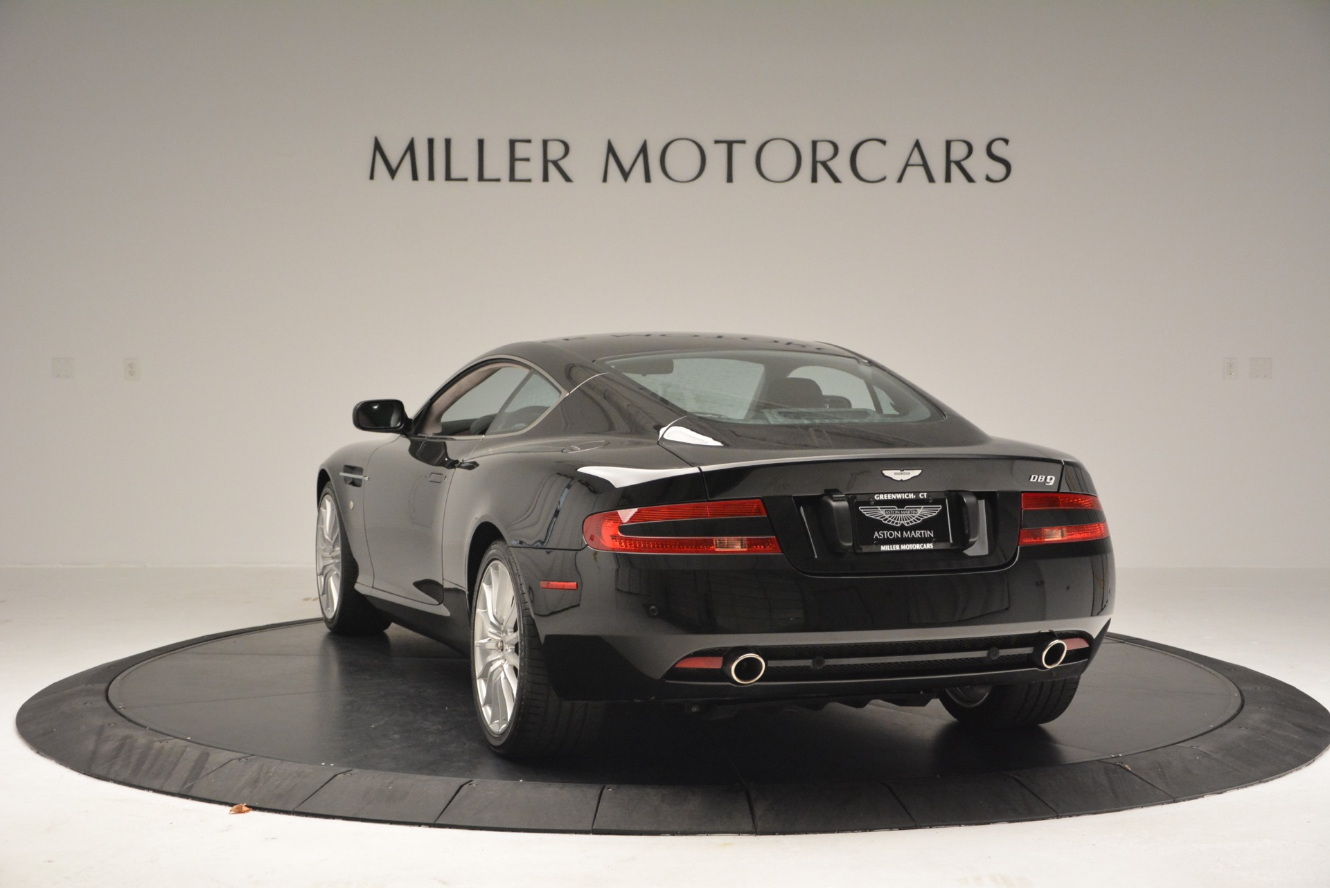 Used 2006 Aston Martin DB9 Coupe For Sale In Westport, CT 2832_p5