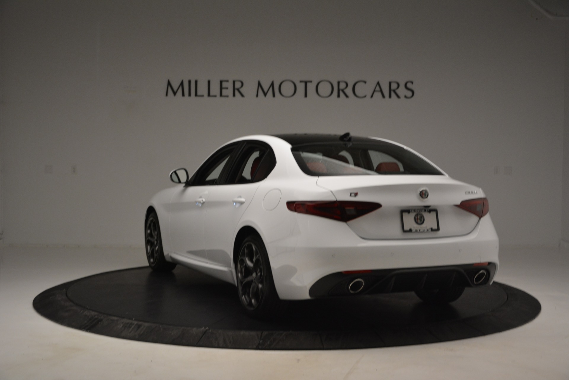 New 2019 Alfa Romeo Giulia Ti Sport Q4 For Sale In Westport, CT 2839_p5