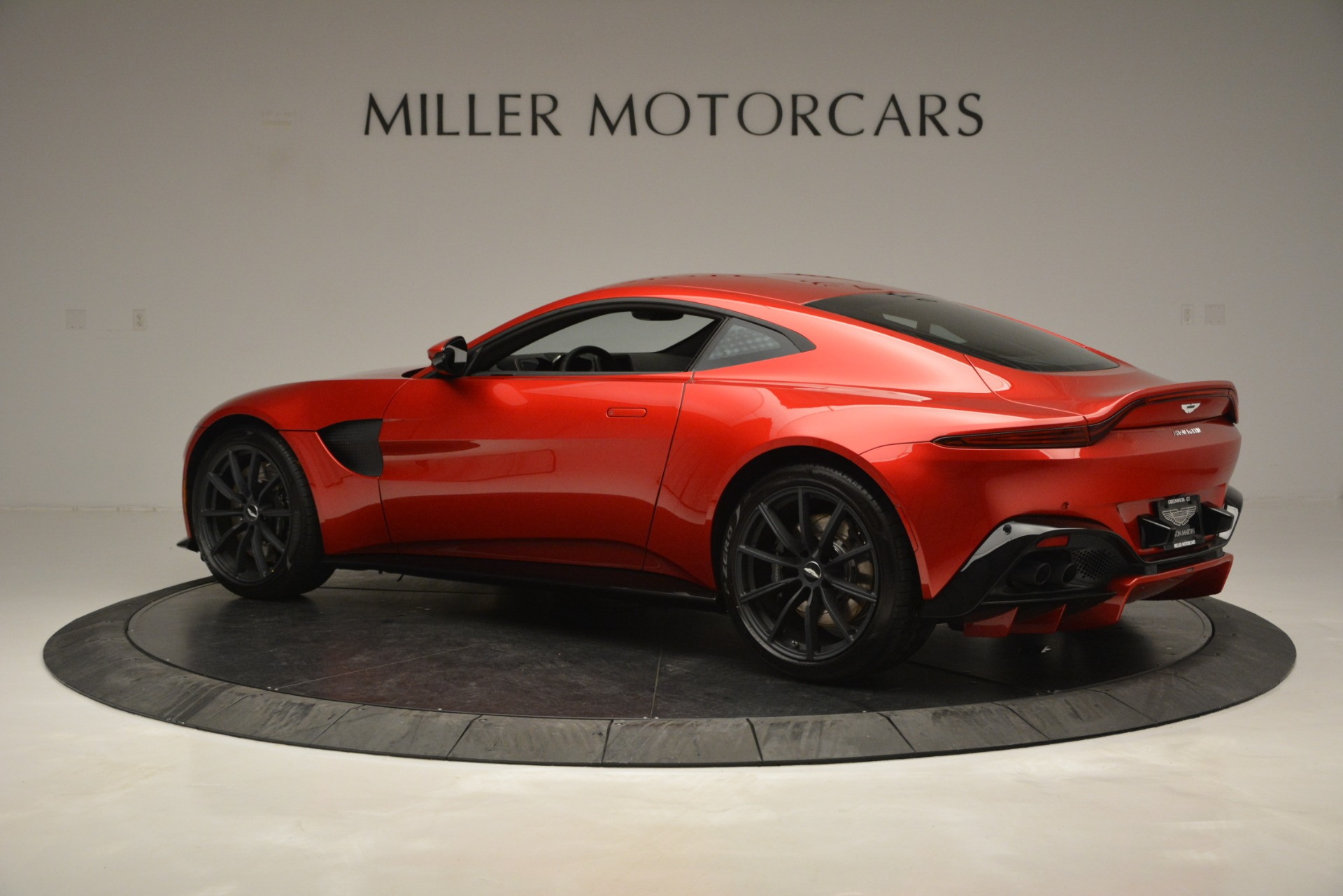 New 2019 Aston Martin Vantage  For Sale In Westport, CT 2866_p4