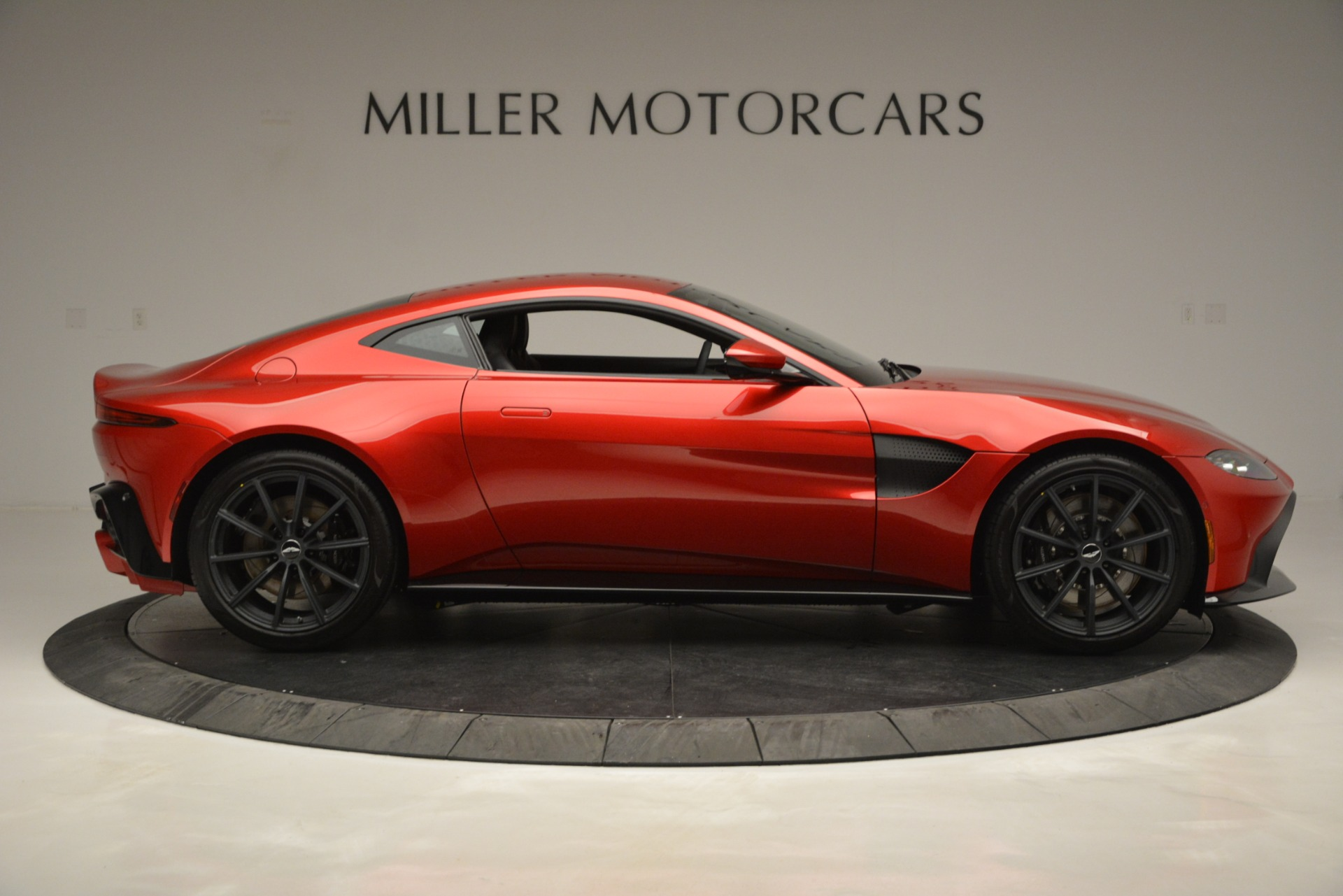 New 2019 Aston Martin Vantage  For Sale In Westport, CT 2866_p9