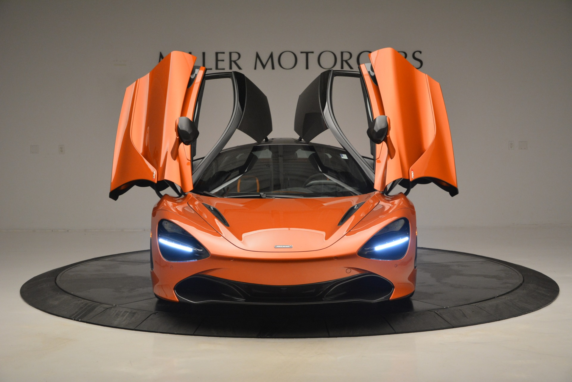 Used 2018 McLaren 720S Coupe For Sale In Westport, CT 2870_p13