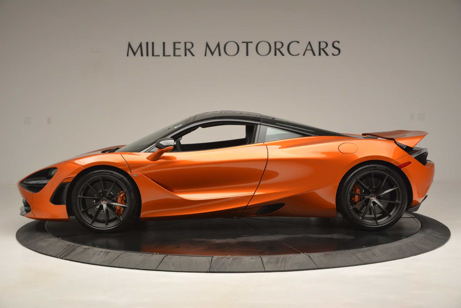 Used 2018 McLaren 720S Coupe For Sale In Westport, CT 2870_p3