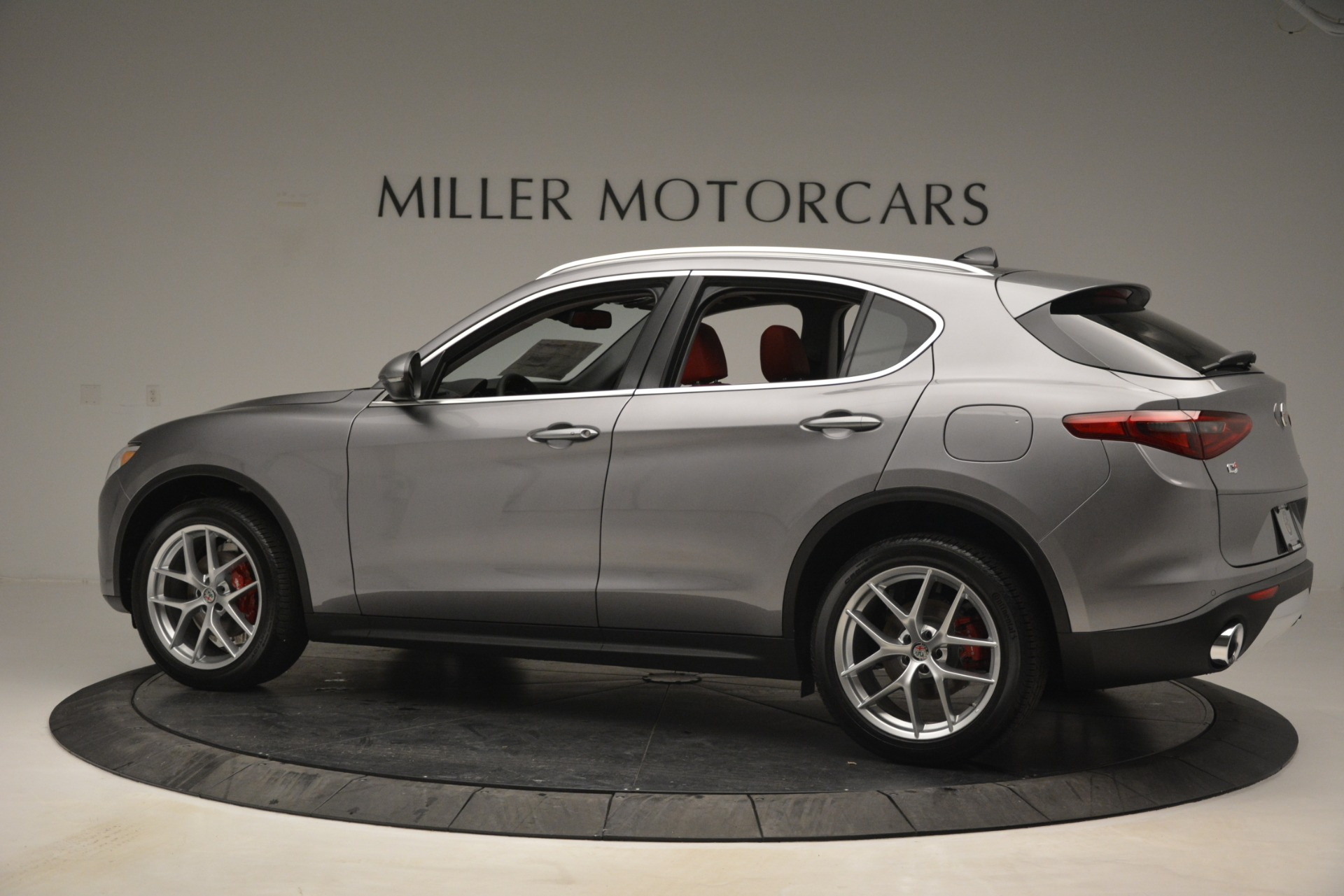 New 2019 Alfa Romeo Stelvio Ti Lusso Q4 For Sale In Westport, CT 2873_p4