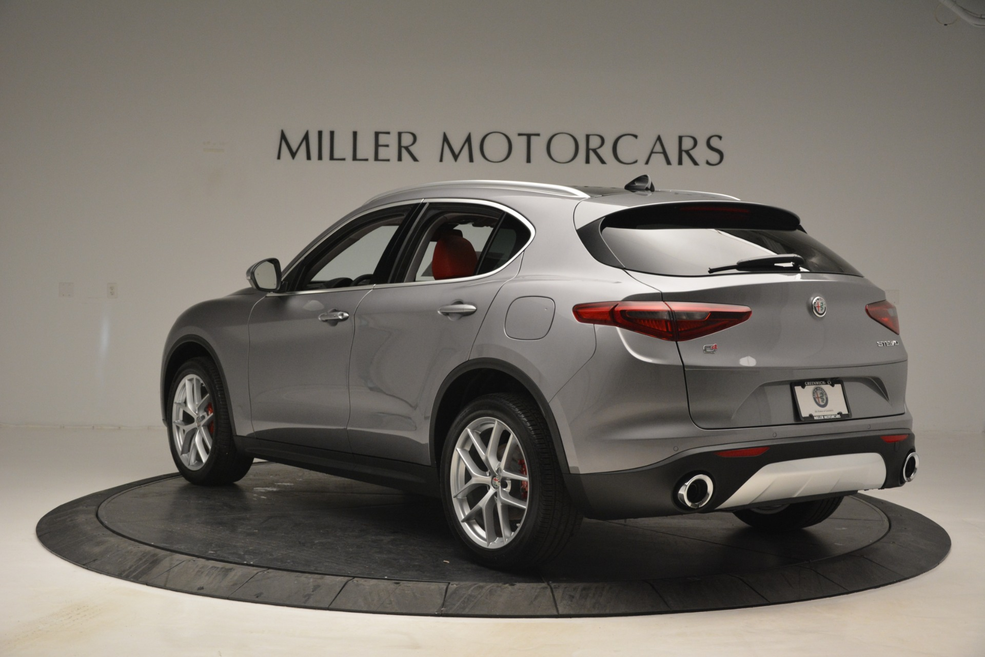 New 2019 Alfa Romeo Stelvio Ti Lusso Q4 For Sale In Westport, CT 2873_p5