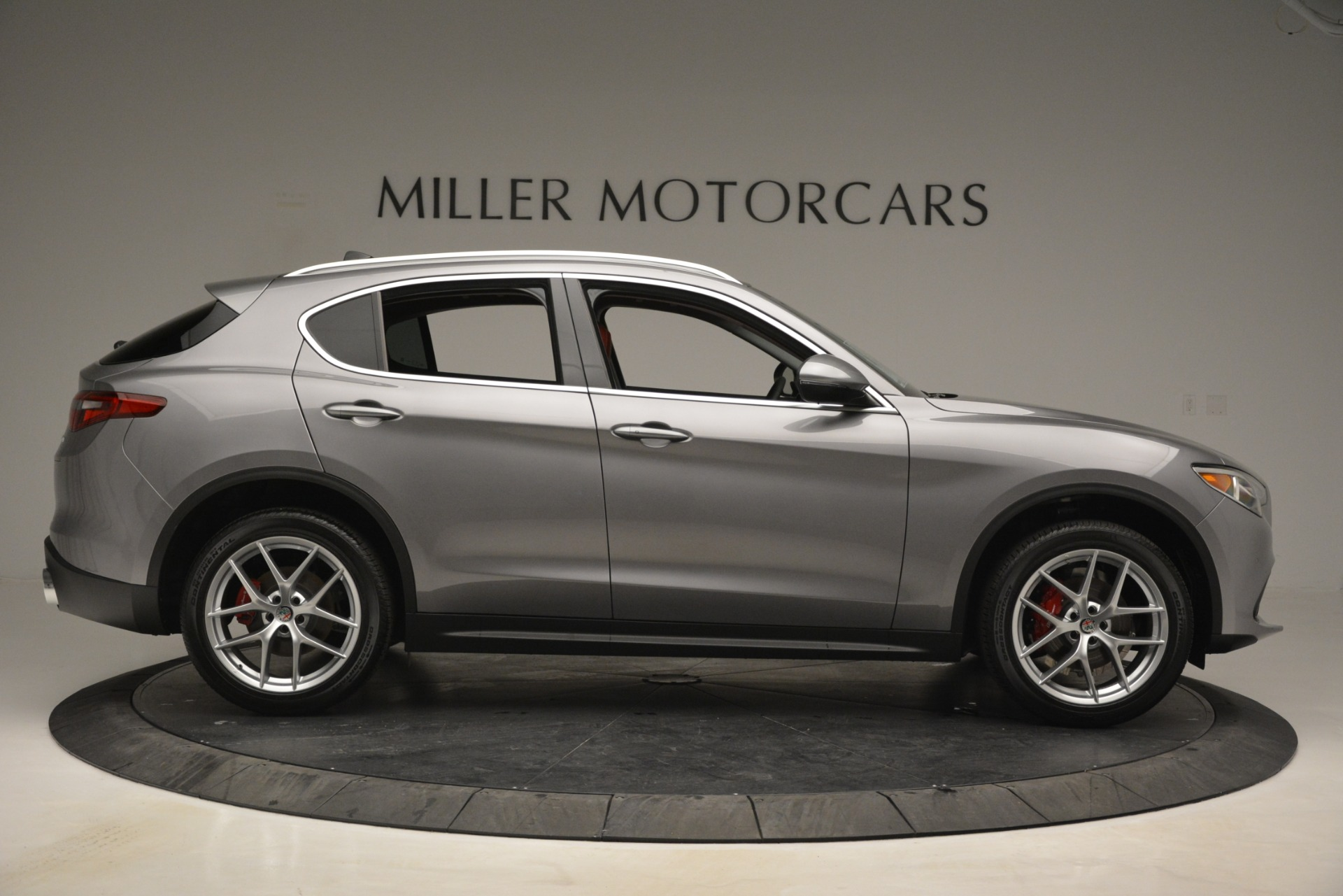 New 2019 Alfa Romeo Stelvio Ti Lusso Q4 For Sale In Westport, CT 2873_p9