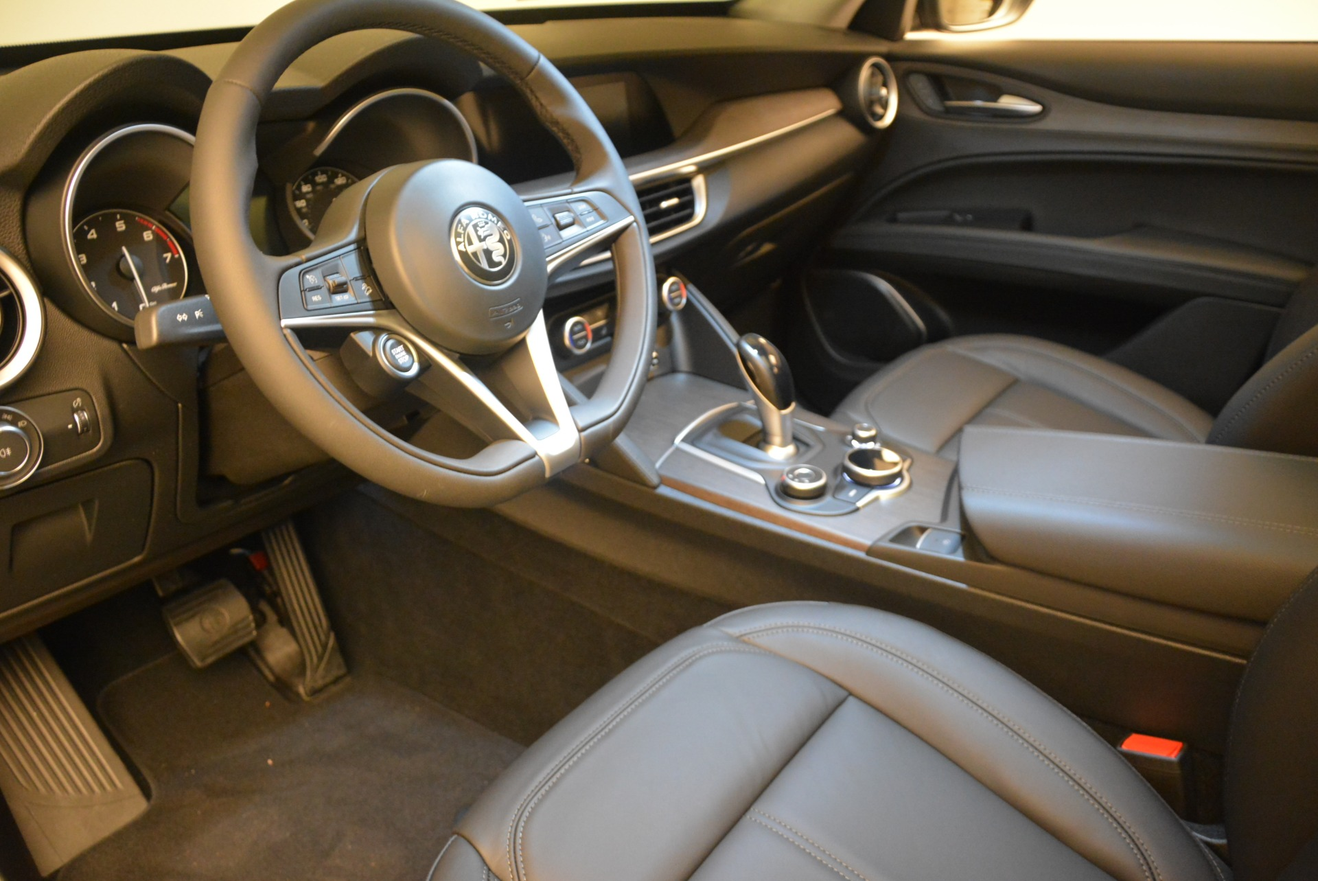 New 2019 Alfa Romeo Stelvio Ti Q4 For Sale In Westport, CT 2876_p13