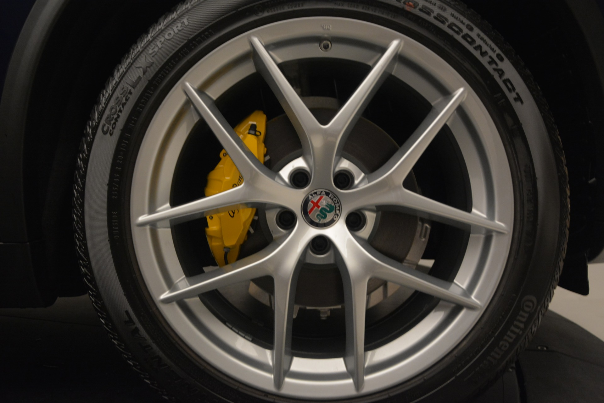 New 2019 Alfa Romeo Stelvio Ti Q4 For Sale In Westport, CT 2876_p25
