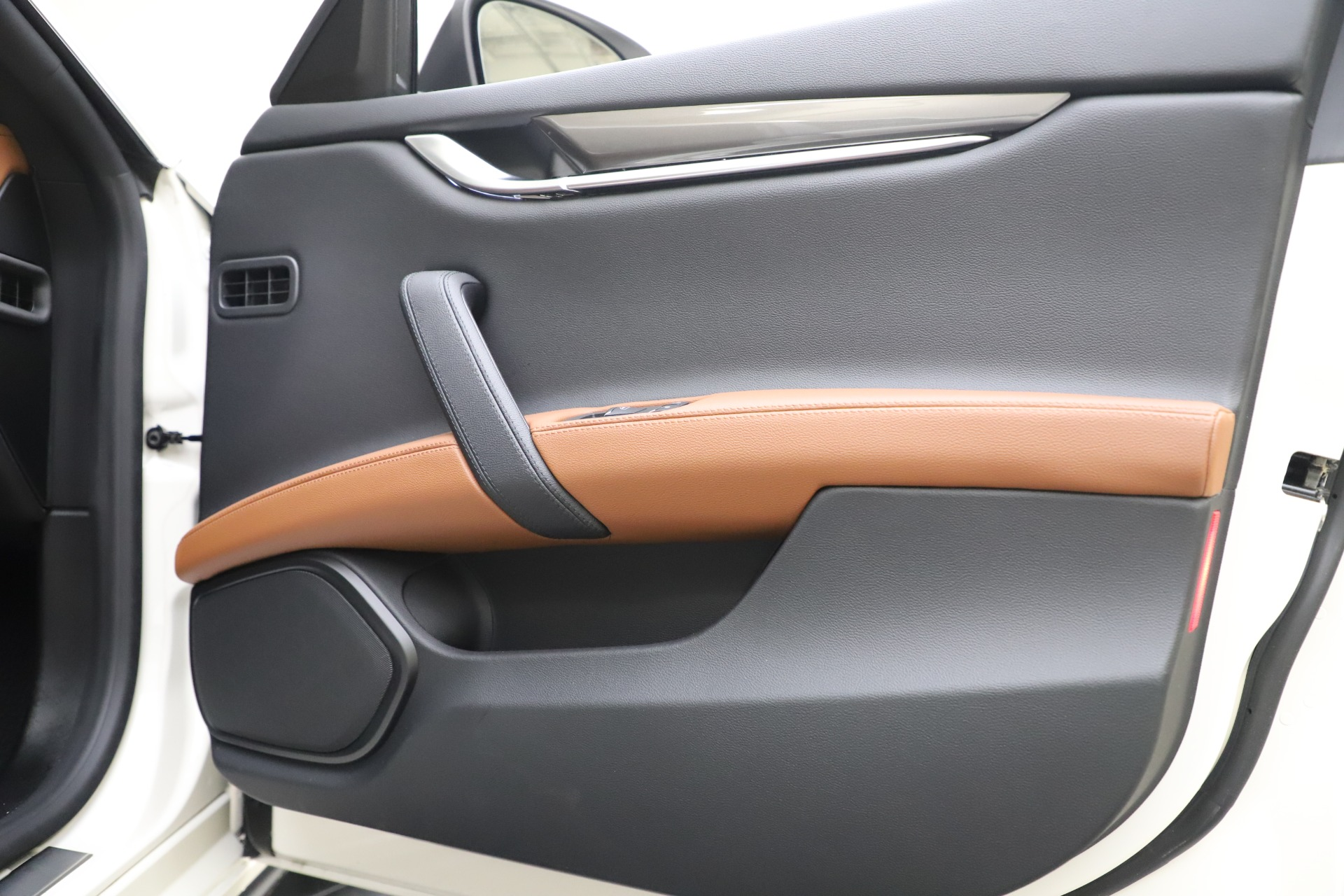 New 2019 Maserati Ghibli S Q4 For Sale In Westport, CT 2879_p25