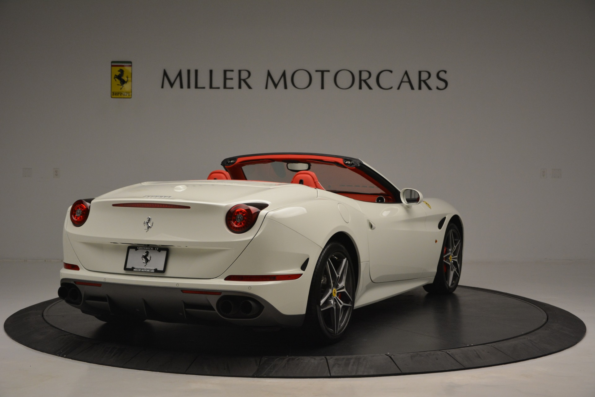 Used 2017 Ferrari California T Handling Speciale For Sale In Westport, CT 2881_p7
