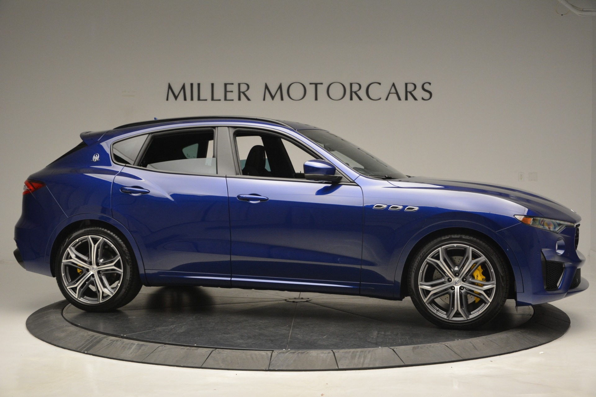 New 2019 Maserati Levante GTS For Sale In Westport, CT 2885_p14
