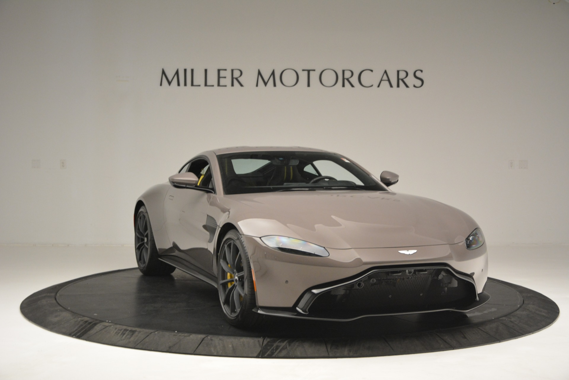 Used 2019 Aston Martin Vantage Coupe For Sale In Westport, CT 2901_p11