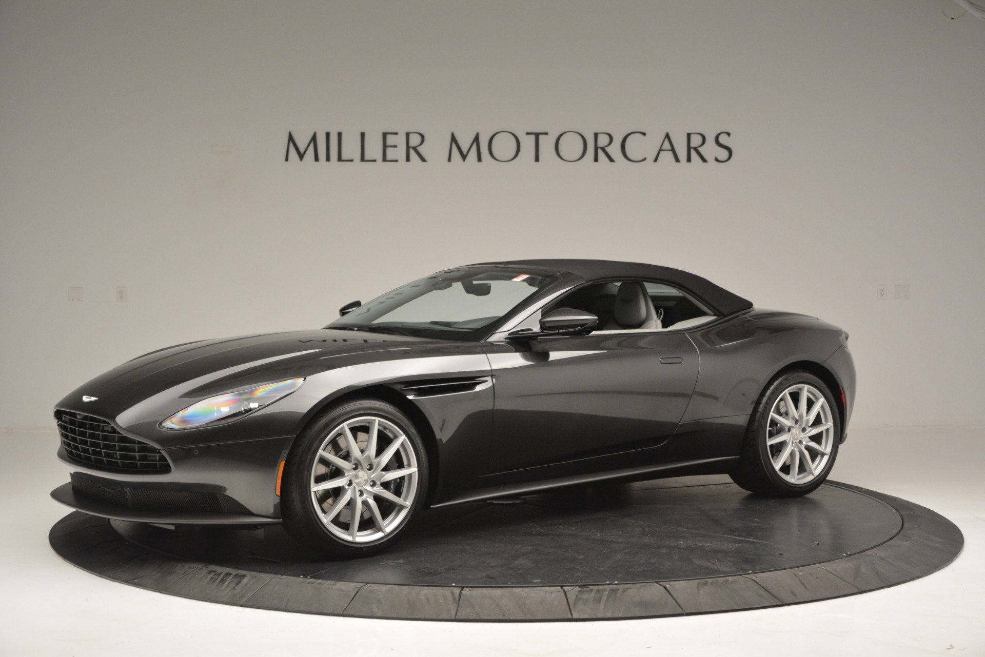 New 2019 Aston Martin DB11 V8 Convertible For Sale In Westport, CT 2902_p14