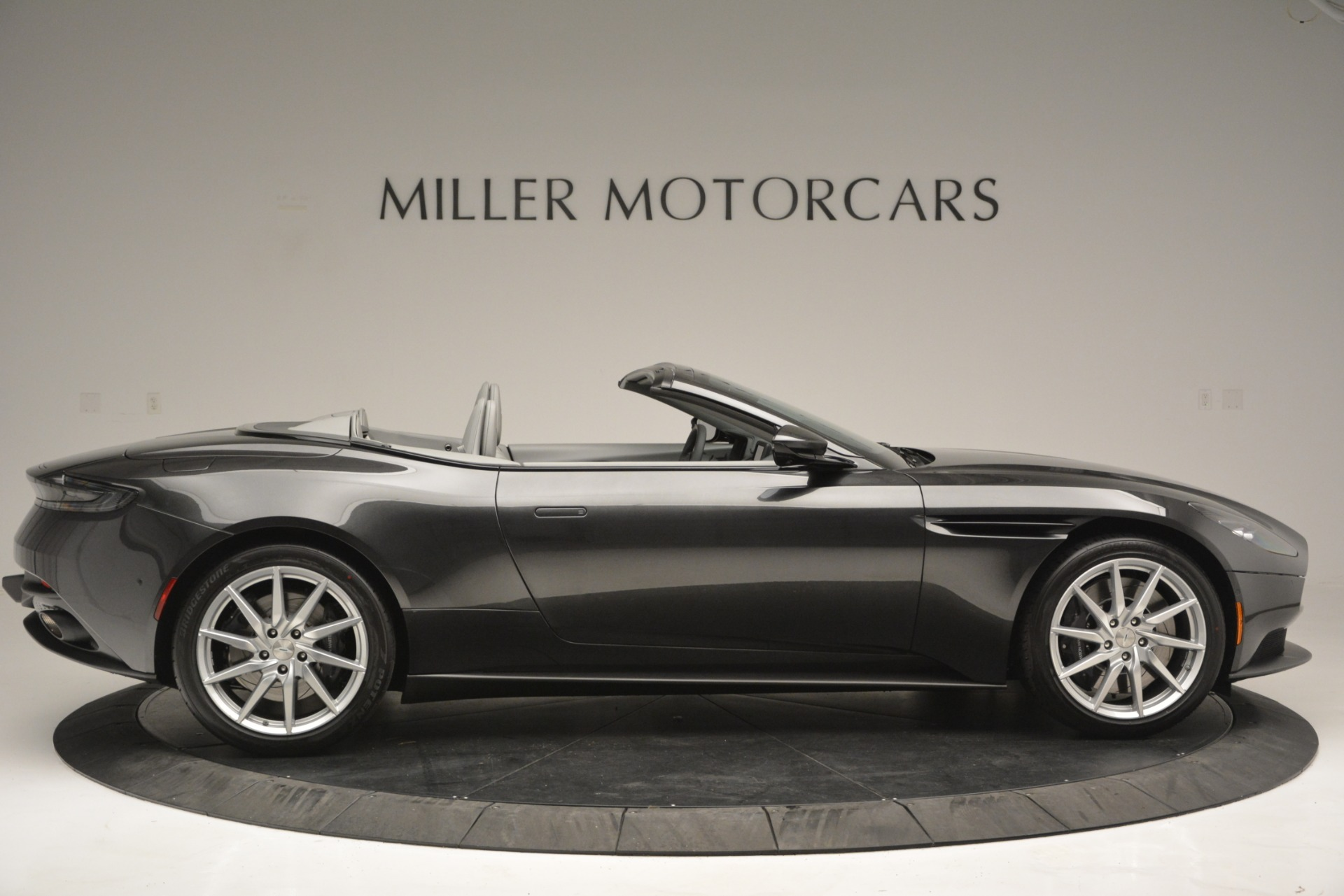 New 2019 Aston Martin DB11 V8 Convertible For Sale In Westport, CT 2902_p9