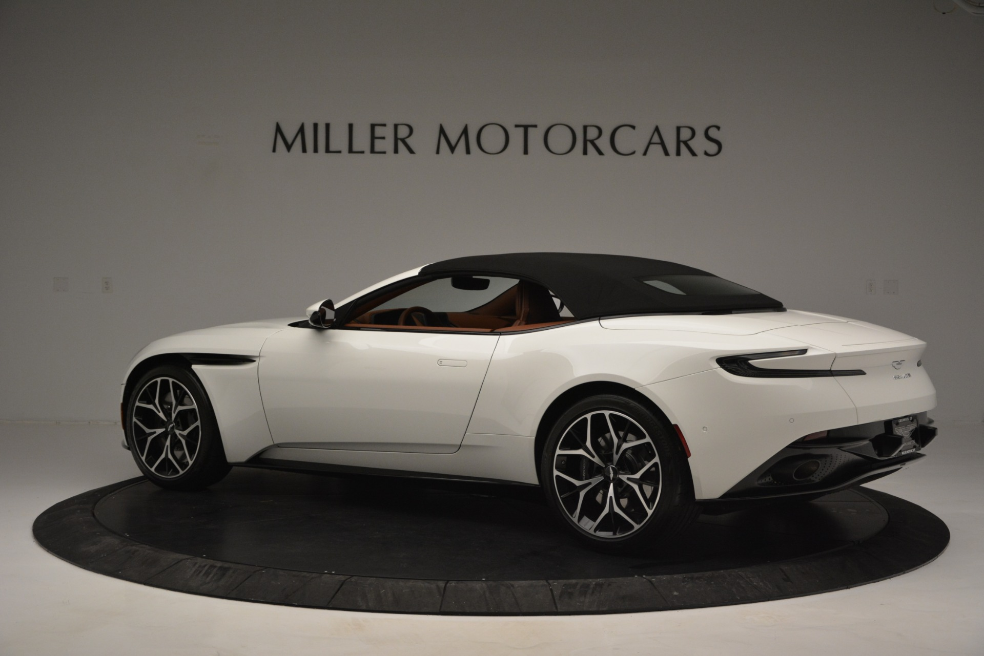 New 2019 Aston Martin DB11 V8 Convertible For Sale In Westport, CT 2903_p16