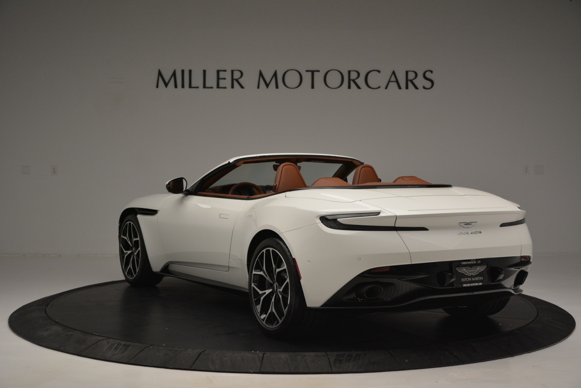 New 2019 Aston Martin DB11 V8 Convertible For Sale In Westport, CT 2903_p5