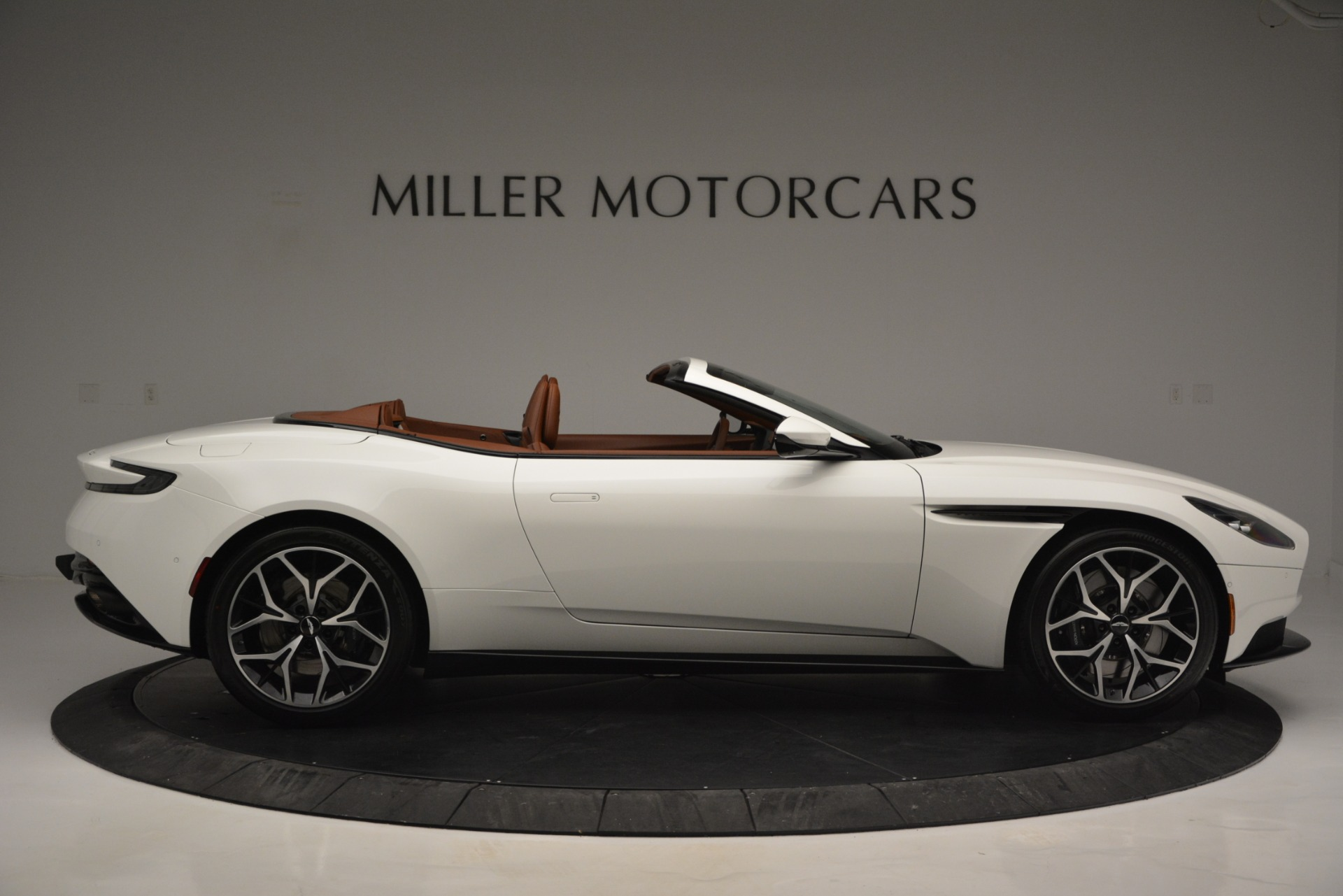 New 2019 Aston Martin DB11 V8 Convertible For Sale In Westport, CT 2903_p9