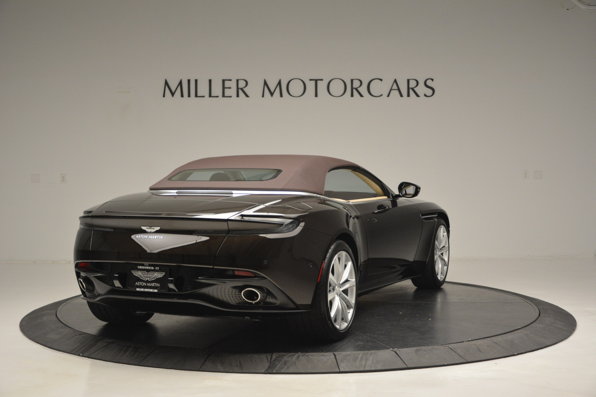 New 2019 Aston Martin DB11 Volante For Sale In Westport, CT 2905_p19