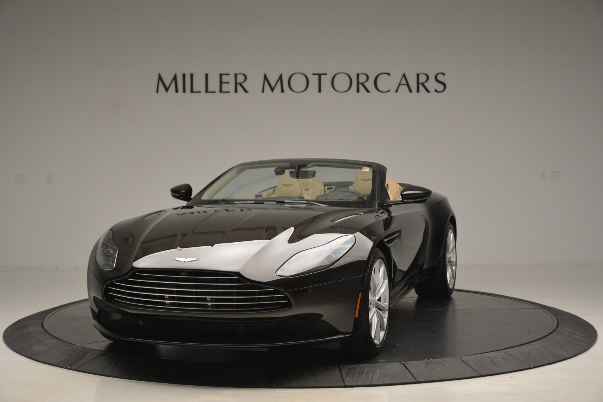 New 2019 Aston Martin DB11 Volante For Sale In Westport, CT 2905_p2