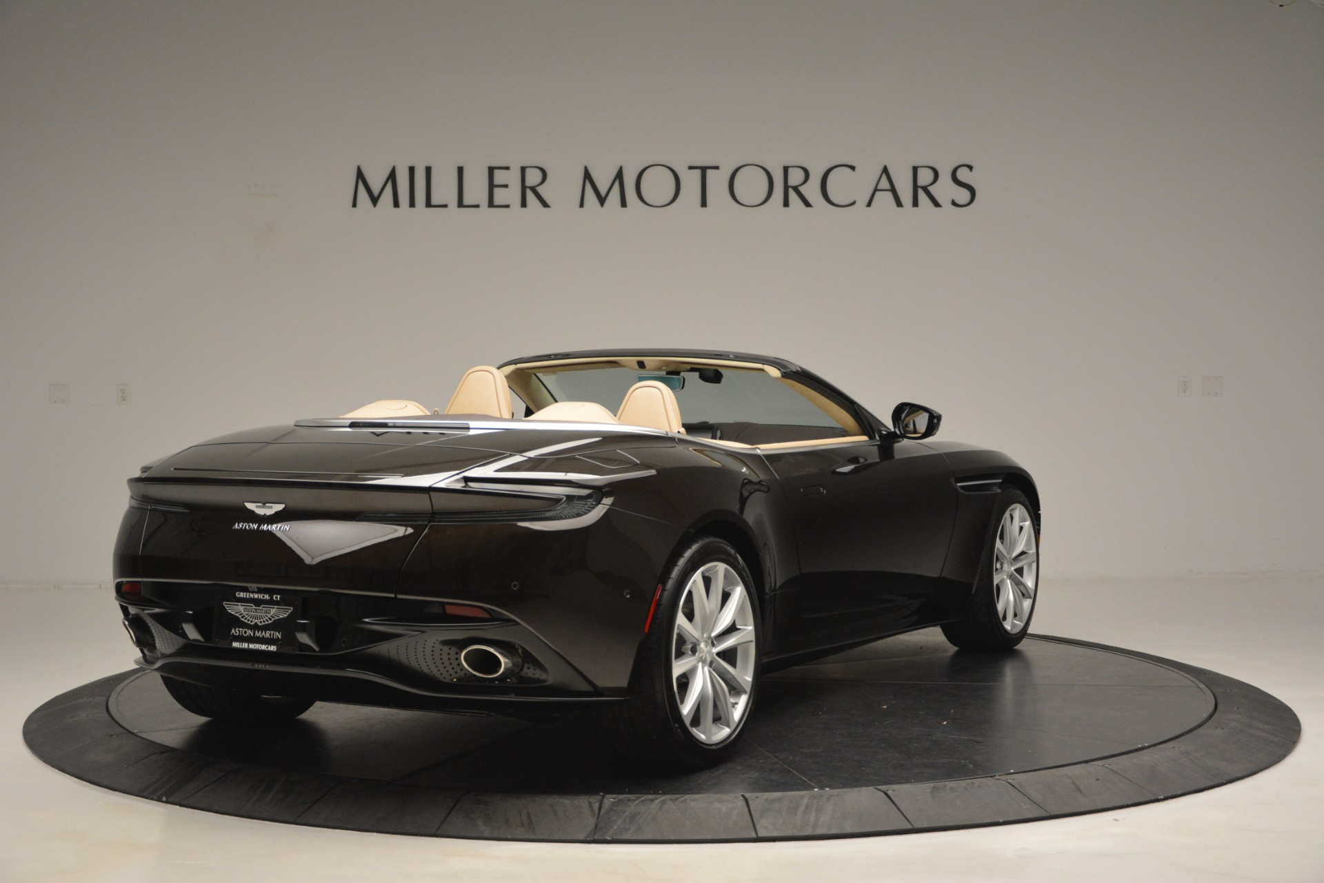 New 2019 Aston Martin DB11 Volante For Sale In Westport, CT 2905_p7