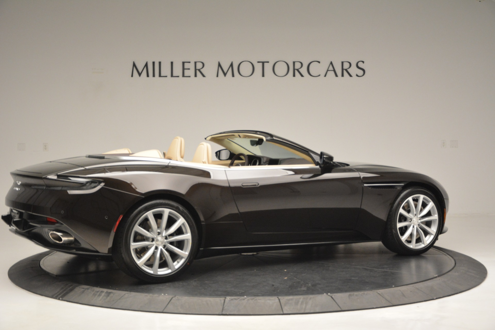 New 2019 Aston Martin DB11 Volante For Sale In Westport, CT 2905_p8