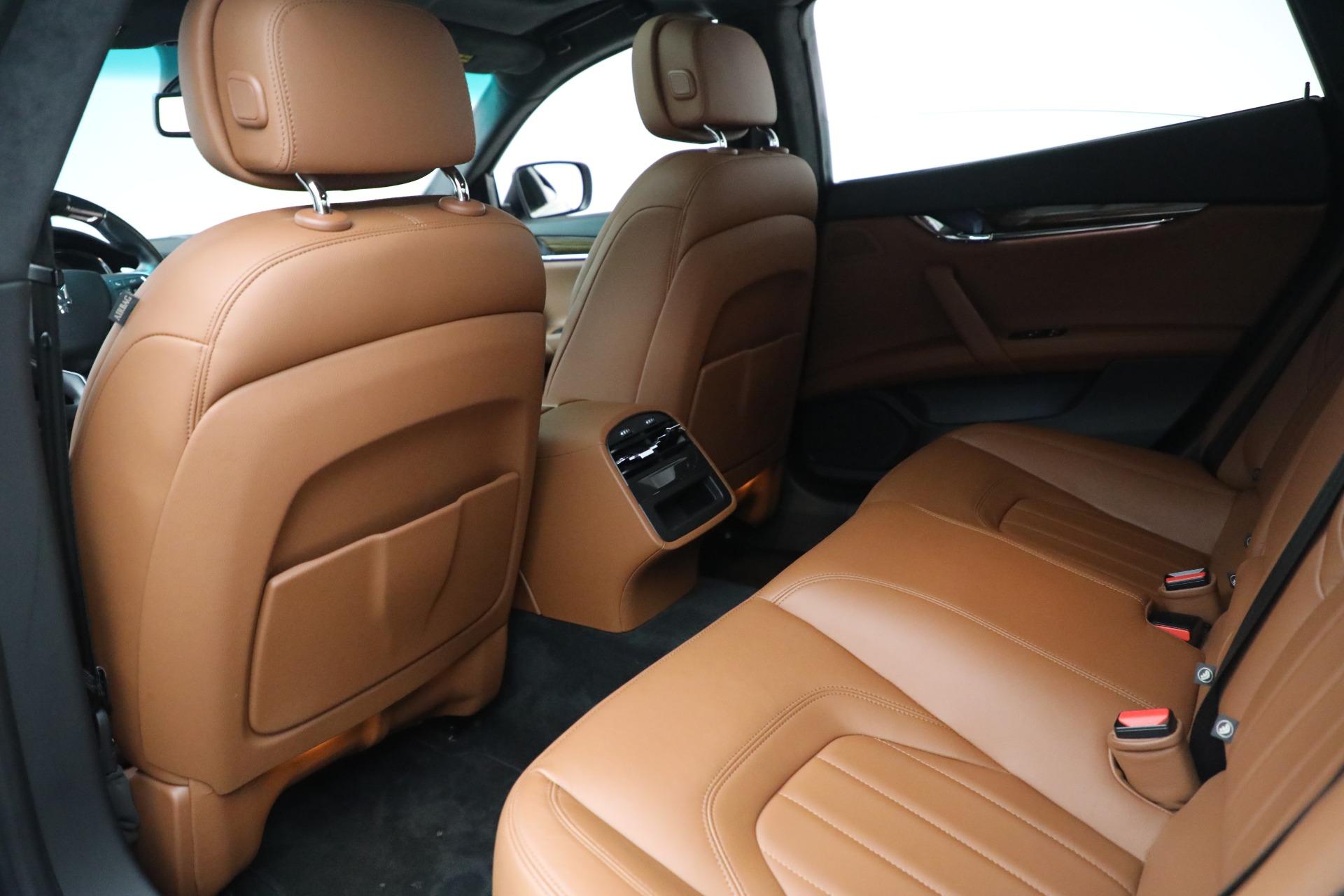 Used 2015 Maserati Quattroporte S Q4 For Sale In Westport, CT 2915_p15