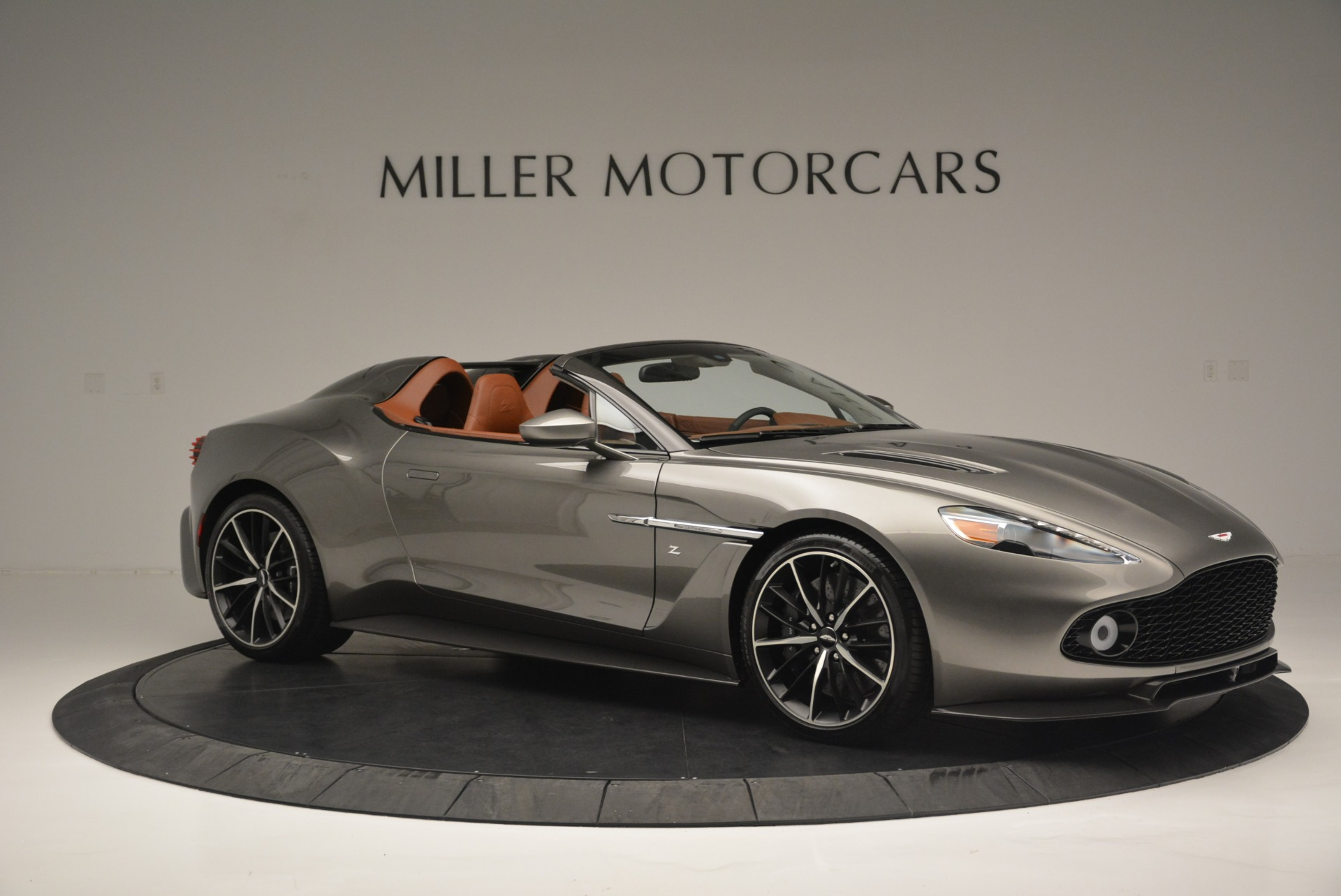 Used 2018 Aston Martin Zagato Speedster Convertible For Sale In Westport, CT 2916_p10