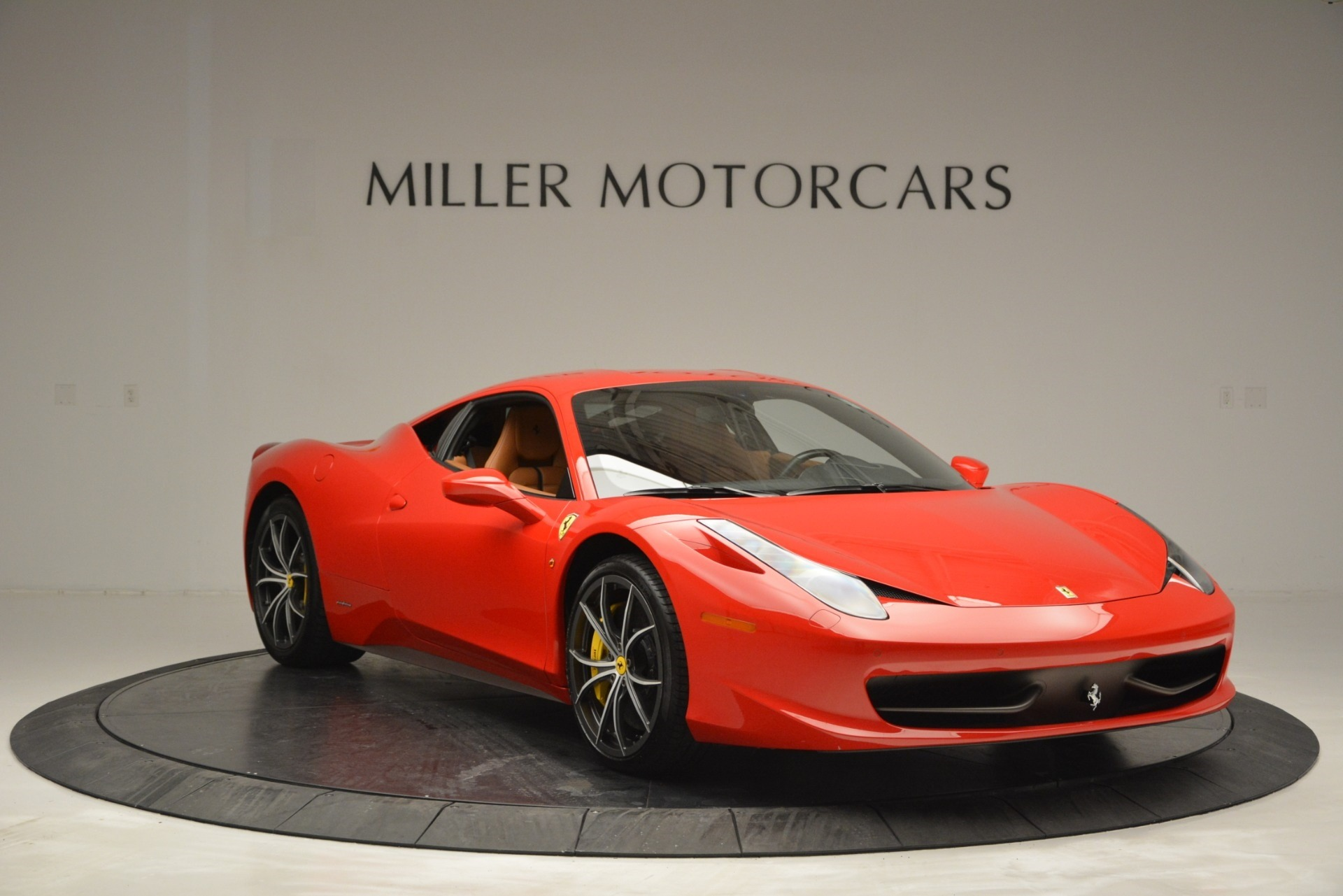 Used 2014 Ferrari 458 Italia  For Sale In Westport, CT 2920_p11