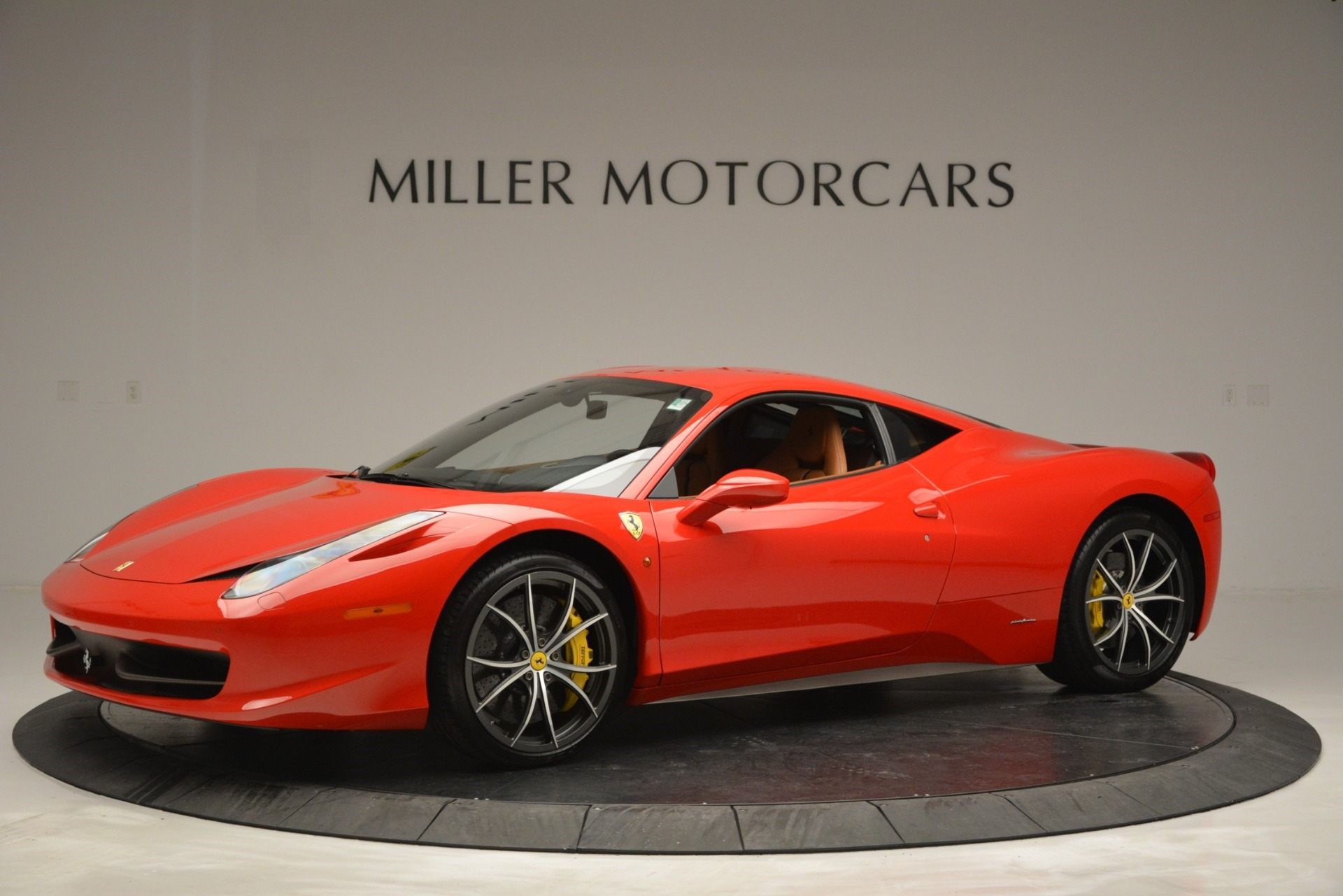 Used 2014 Ferrari 458 Italia  For Sale In Westport, CT 2920_p2