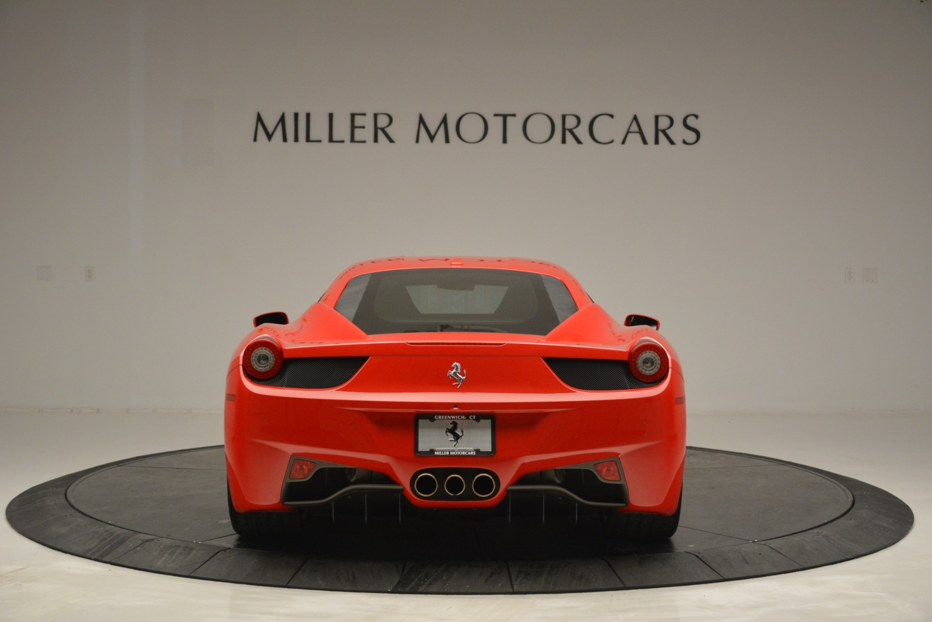 Used 2014 Ferrari 458 Italia  For Sale In Westport, CT 2920_p6