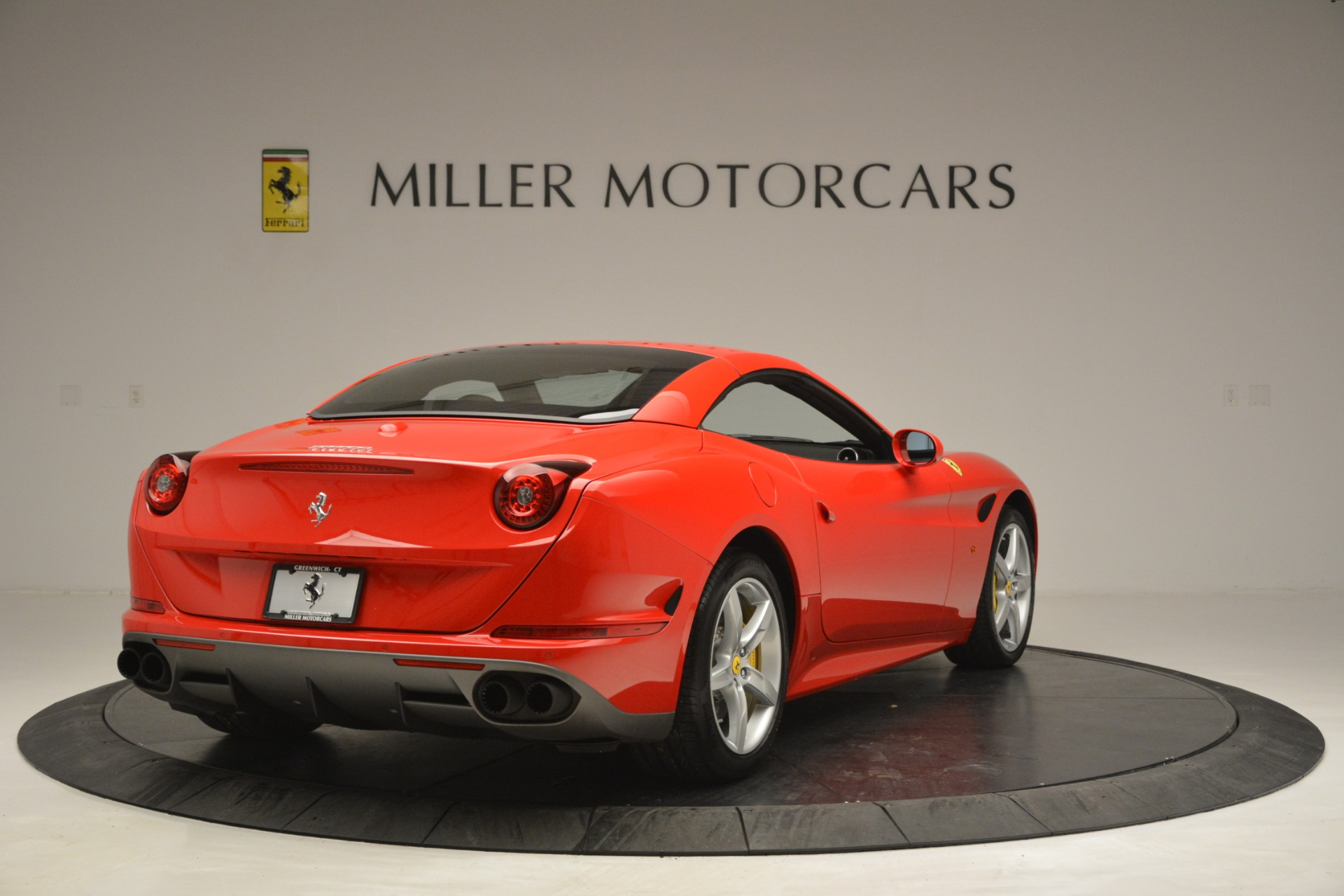 Used 2016 Ferrari California T Handling Speciale For Sale In Westport, CT 2921_p18