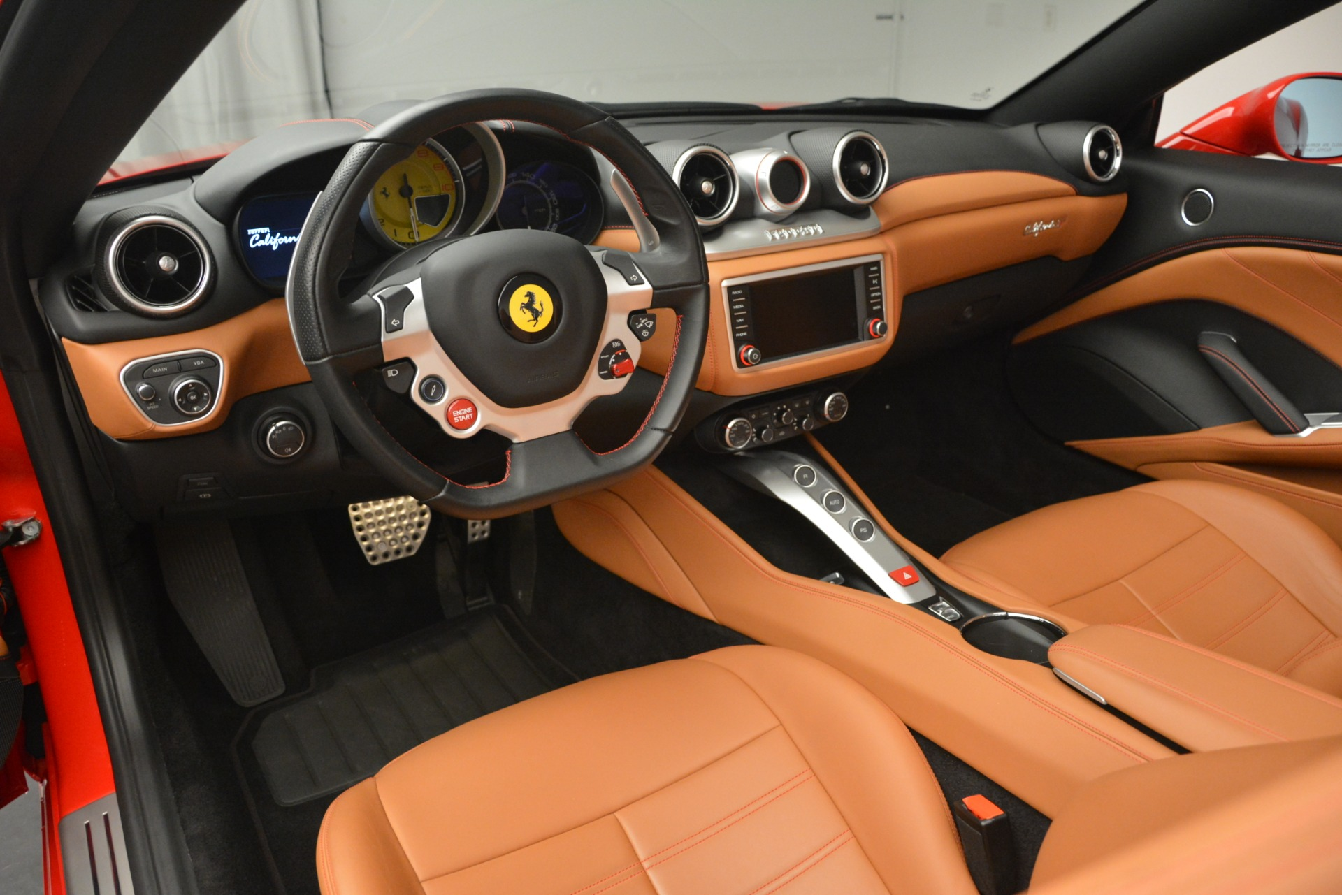 Used 2016 Ferrari California T Handling Speciale For Sale In Westport, CT 2921_p24