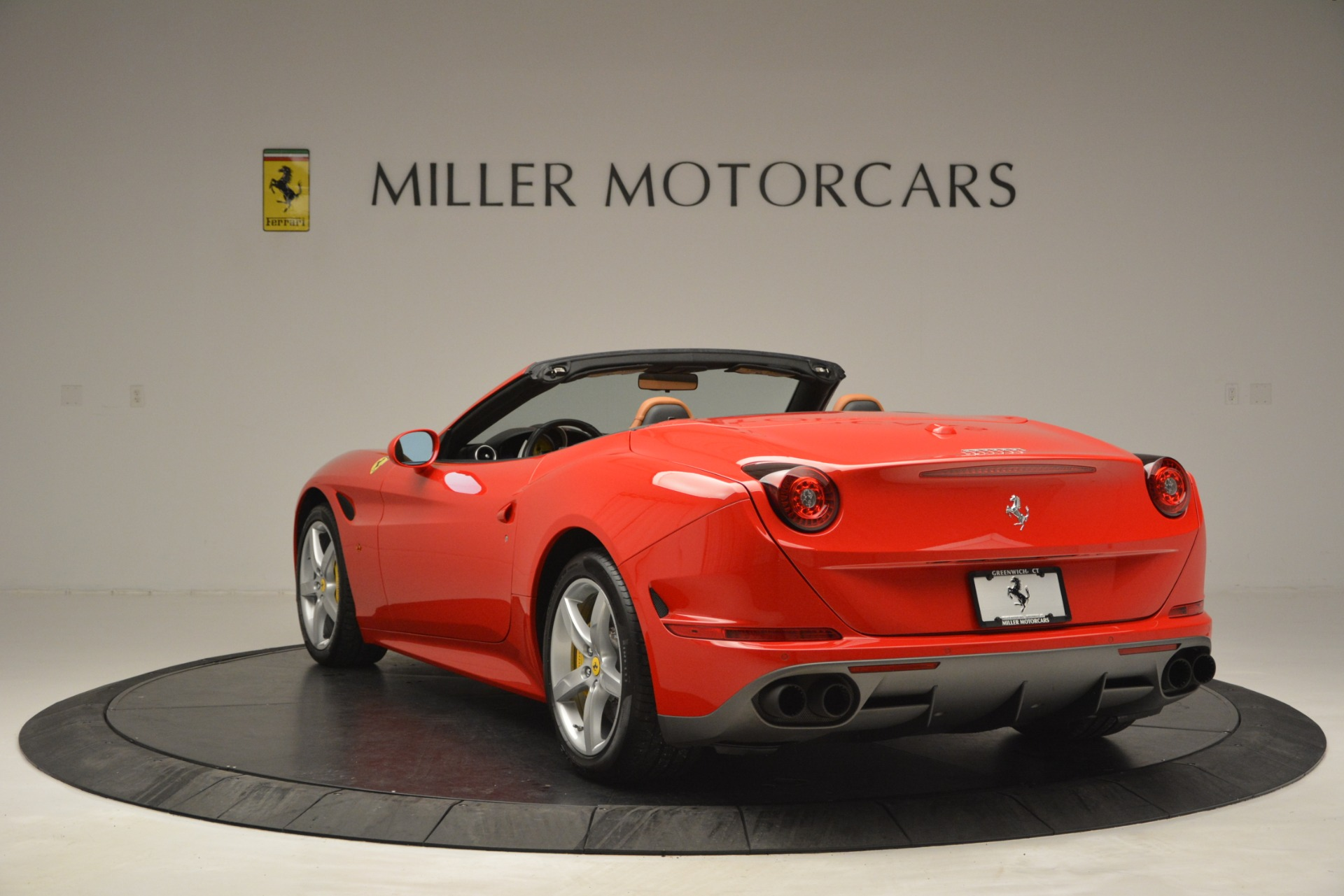Used 2016 Ferrari California T Handling Speciale For Sale In Westport, CT 2921_p5
