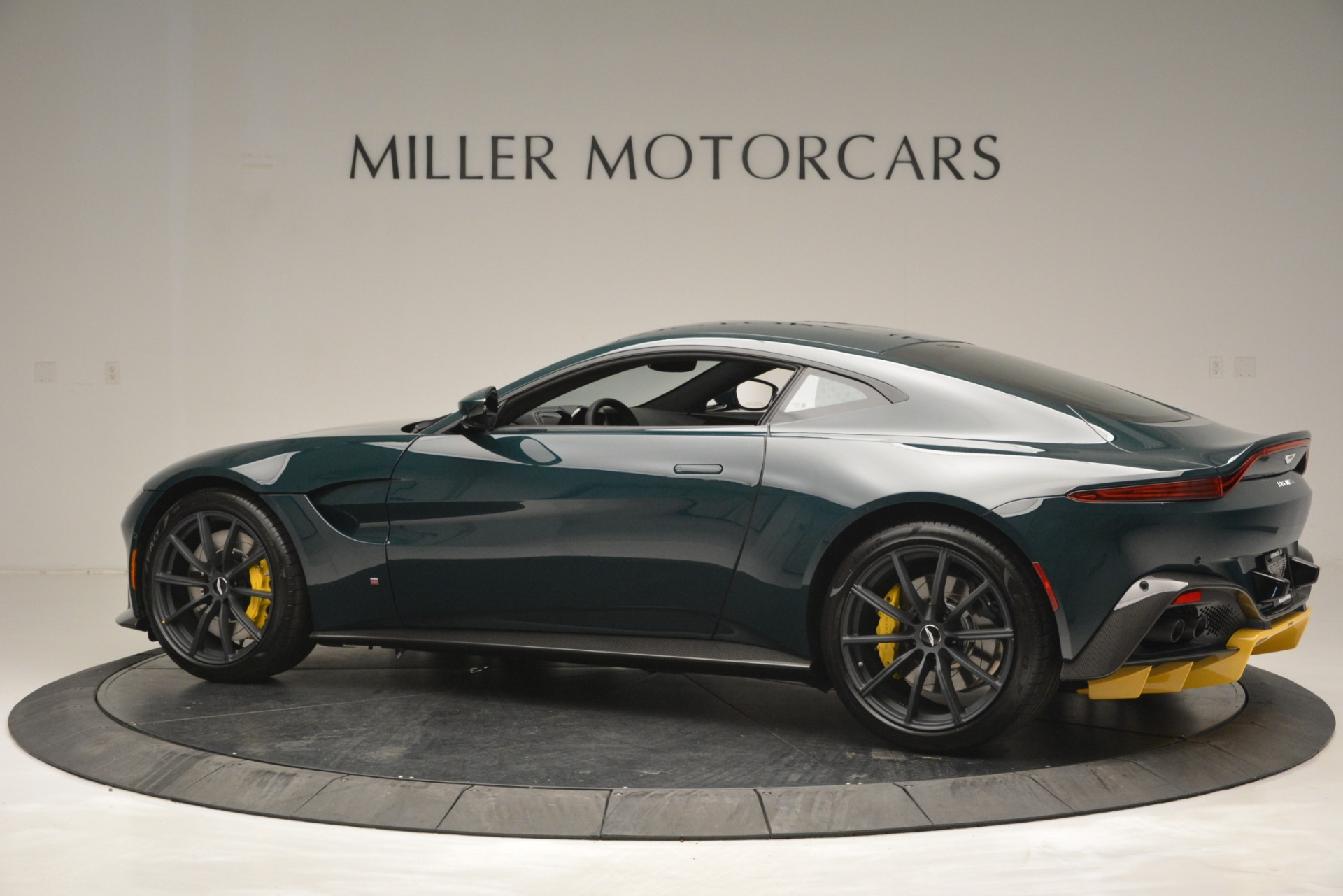 New 2019 Aston Martin Vantage Coupe For Sale In Westport, CT 2929_p4