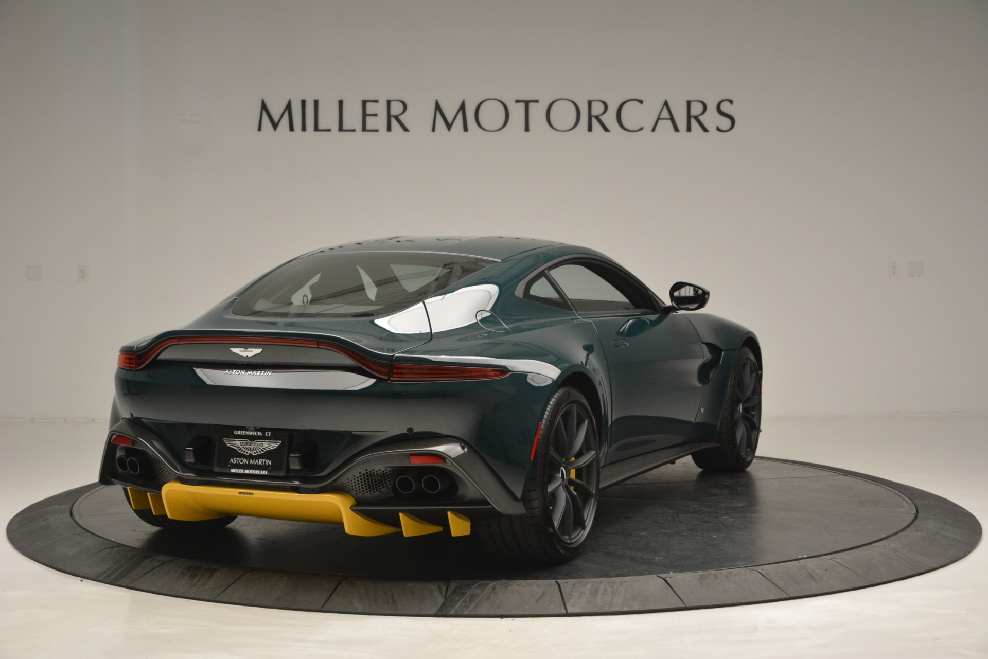 New 2019 Aston Martin Vantage Coupe For Sale In Westport, CT 2929_p7
