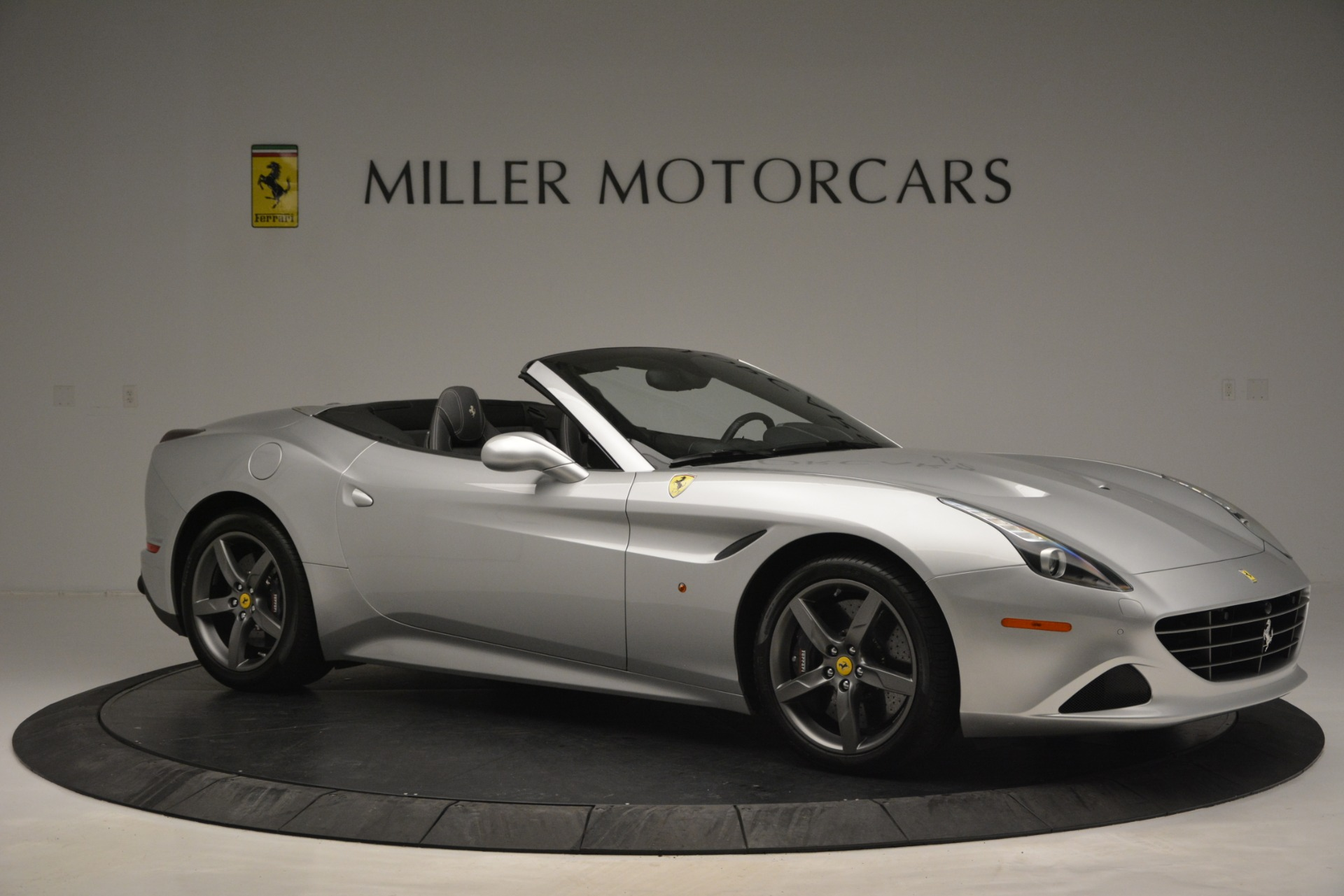 Used 2017 Ferrari California T Handling Speciale For Sale In Westport, CT 2931_p10