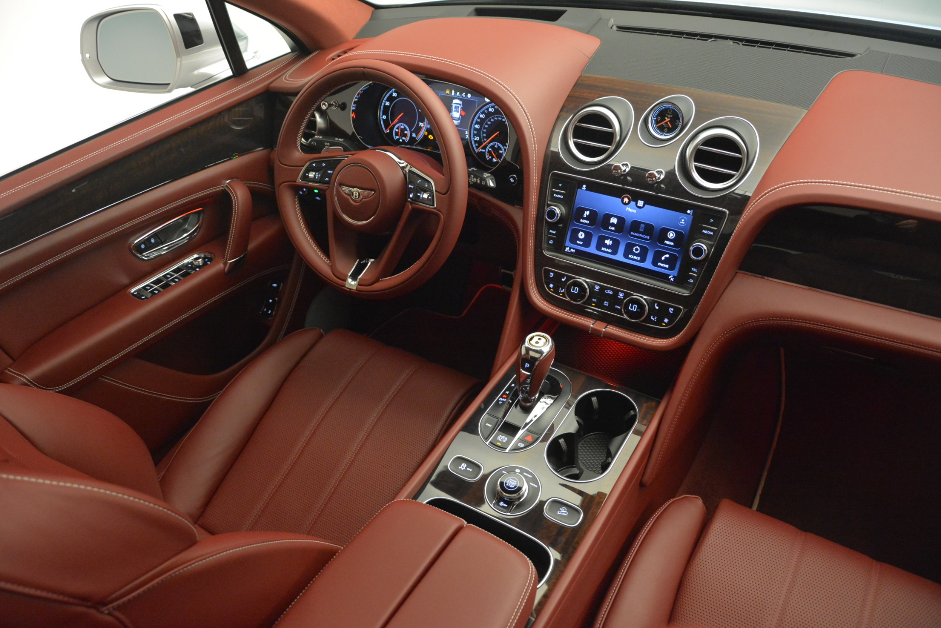 New 2019 Bentley Bentayga V8 For Sale In Westport, CT 2935_p30