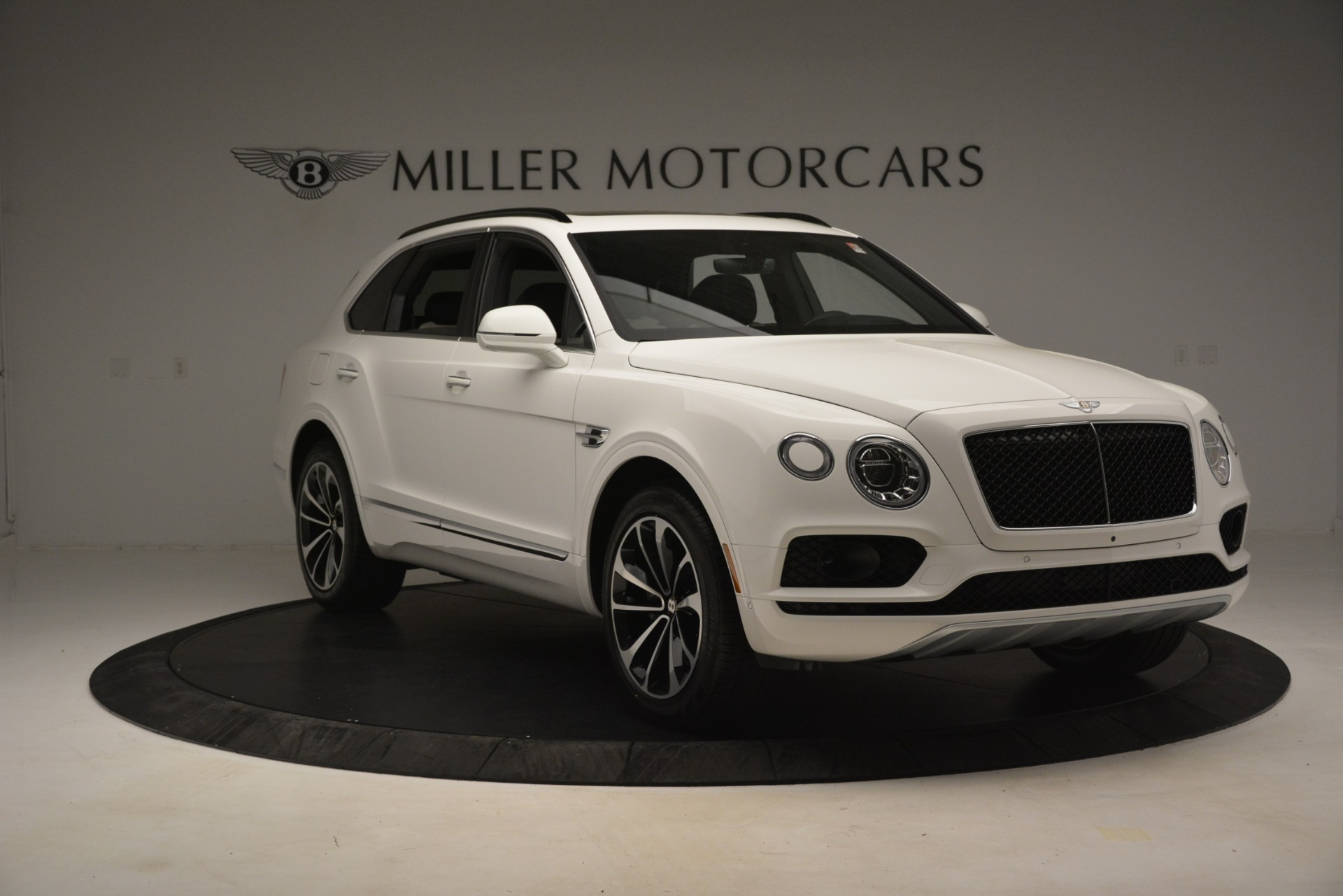 New 2019 Bentley Bentayga V8 For Sale In Westport, CT 2937_p11