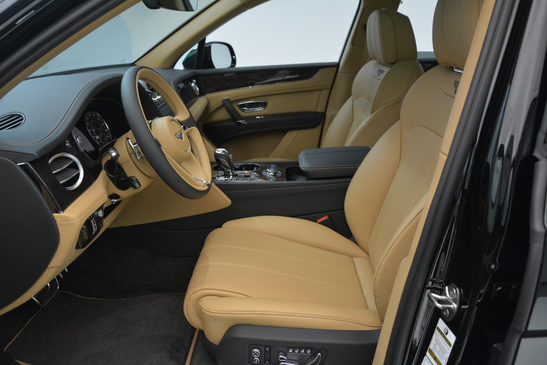 New 2019 Bentley Bentayga V8 For Sale In Westport, CT 2939_p14
