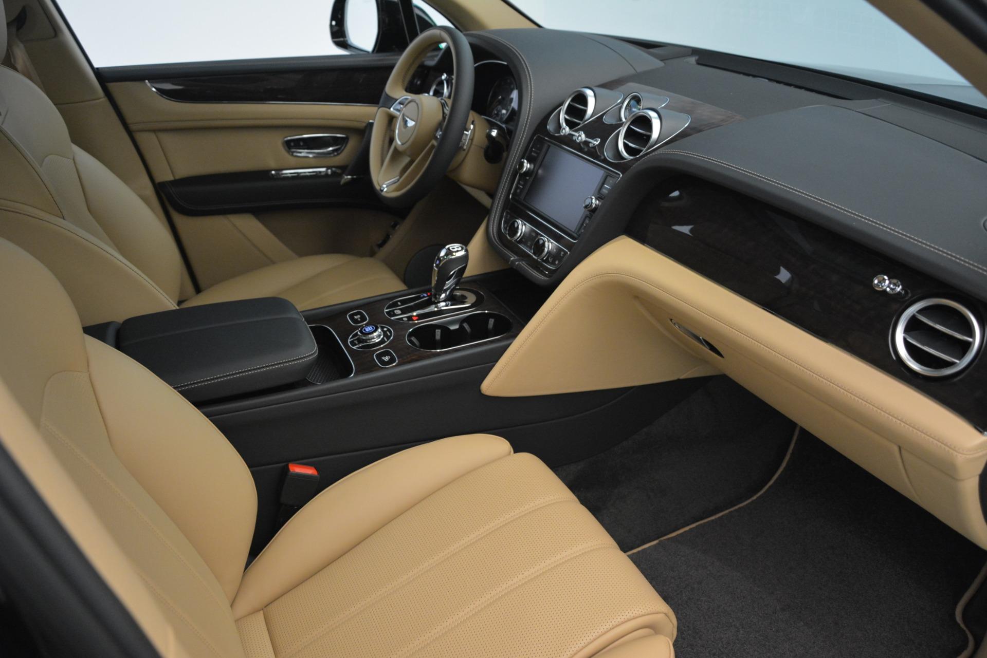 New 2019 Bentley Bentayga V8 For Sale In Westport, CT 2939_p21