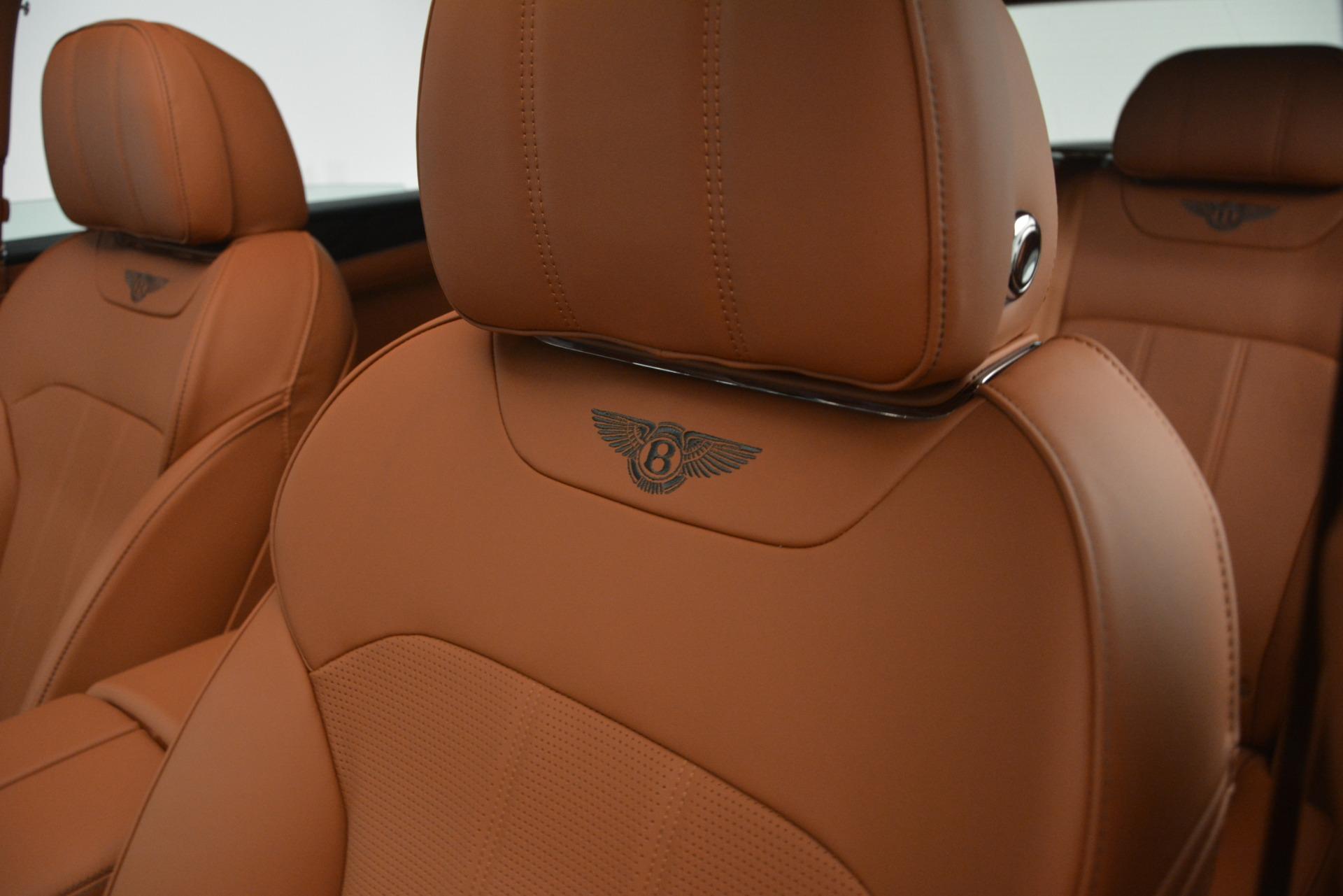 New 2019 Bentley Bentayga V8 For Sale In Westport, CT 2940_p18