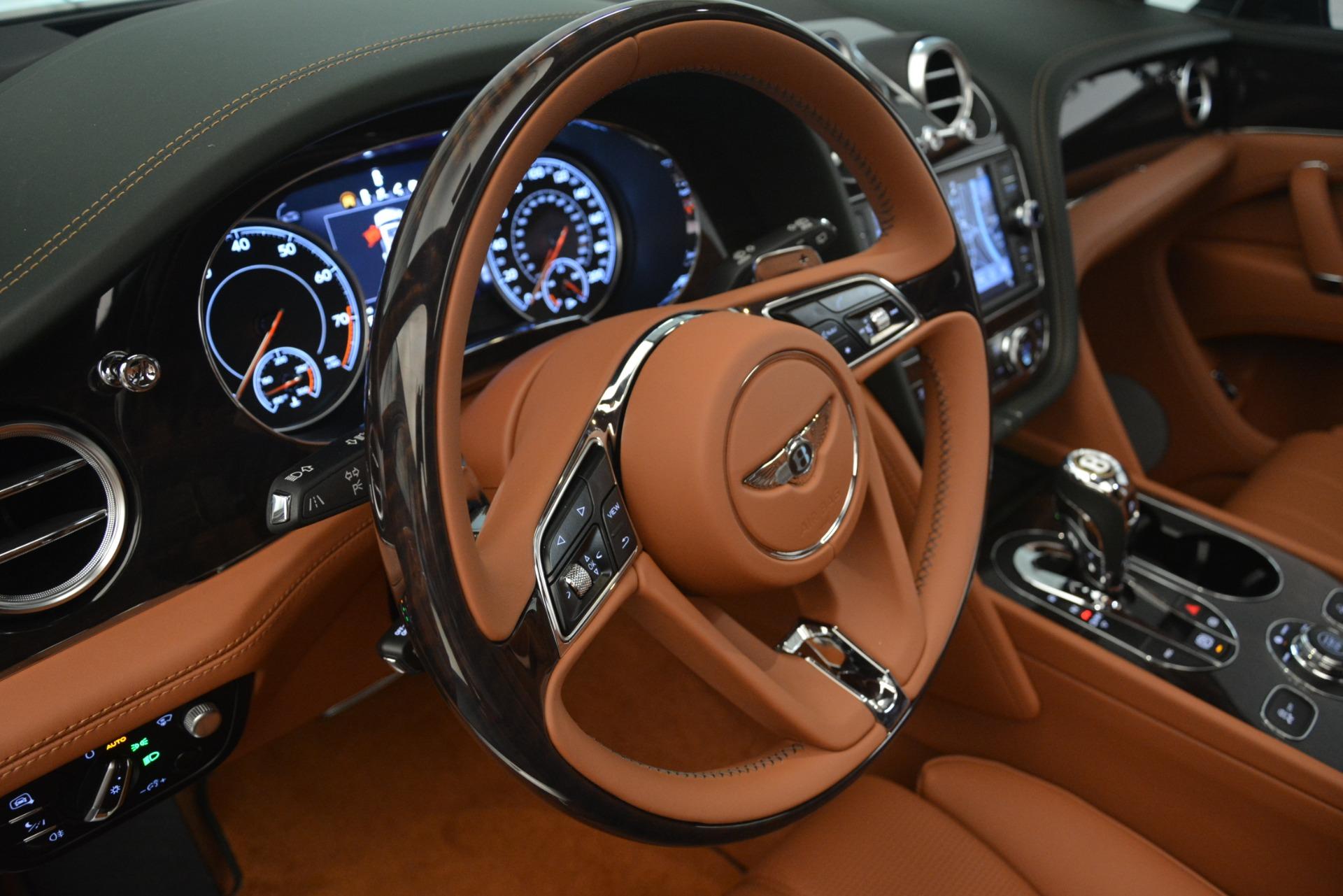 New 2019 Bentley Bentayga V8 For Sale In Westport, CT 2940_p19