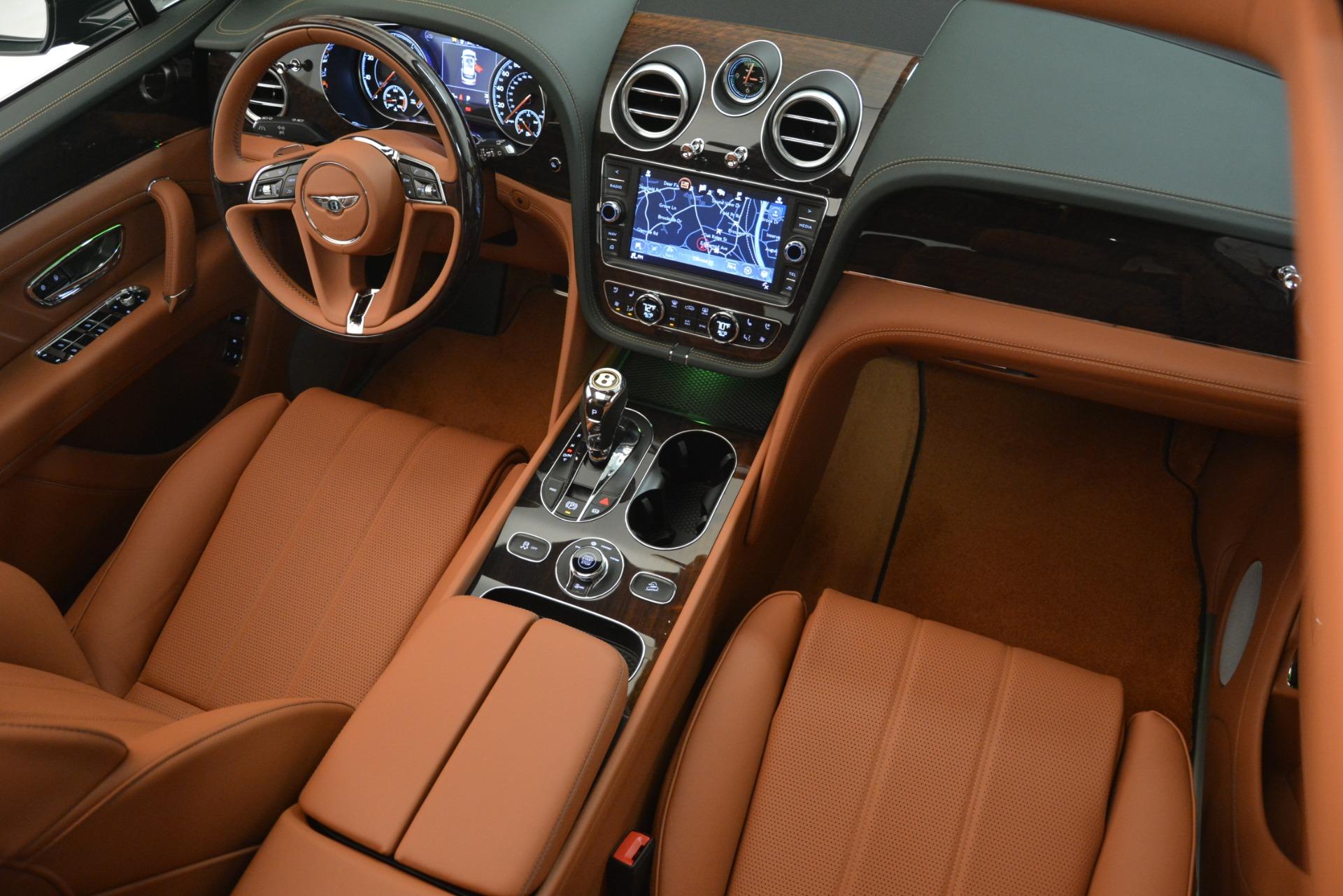 New 2019 Bentley Bentayga V8 For Sale In Westport, CT 2940_p25