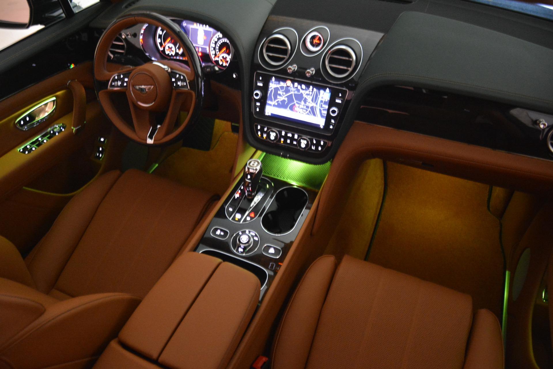 New 2019 Bentley Bentayga V8 For Sale In Westport, CT 2940_p26