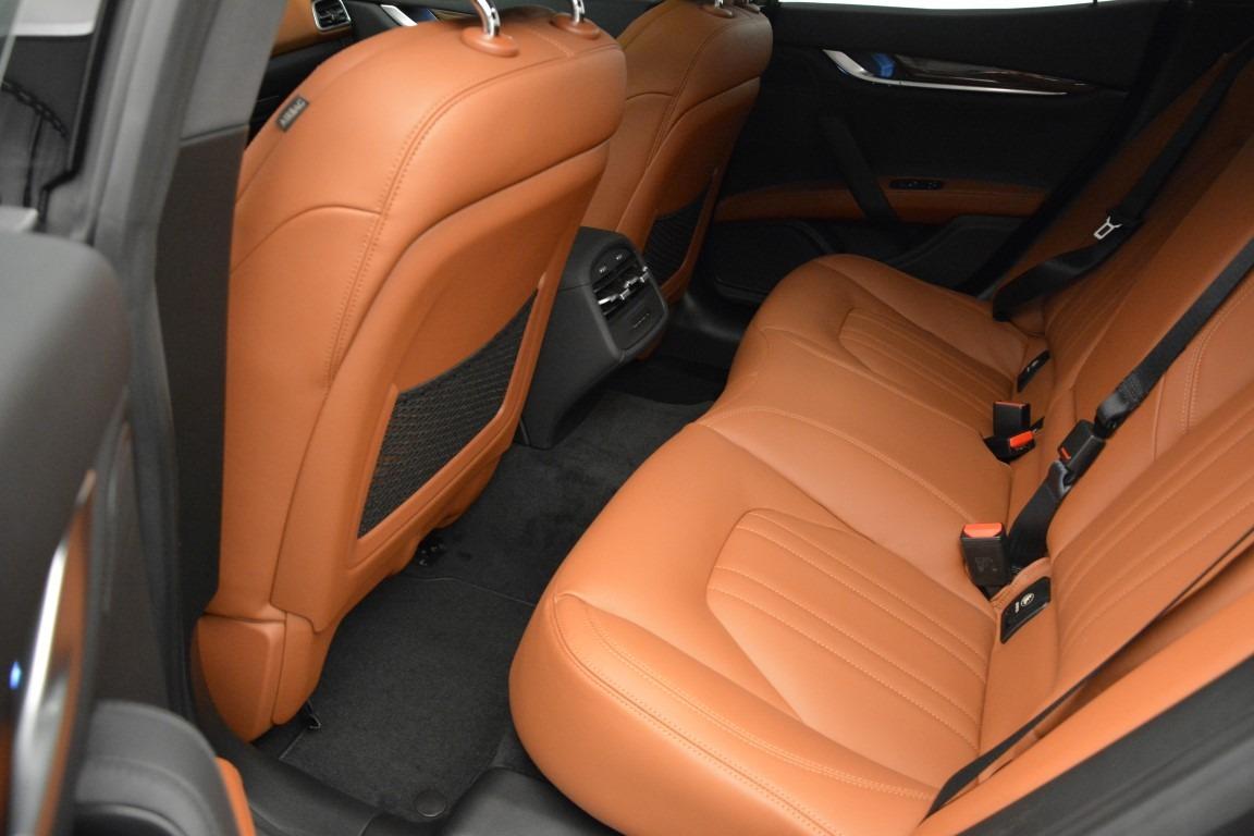 Used 2015 Maserati Ghibli S Q4 For Sale In Westport, CT 2941_p16