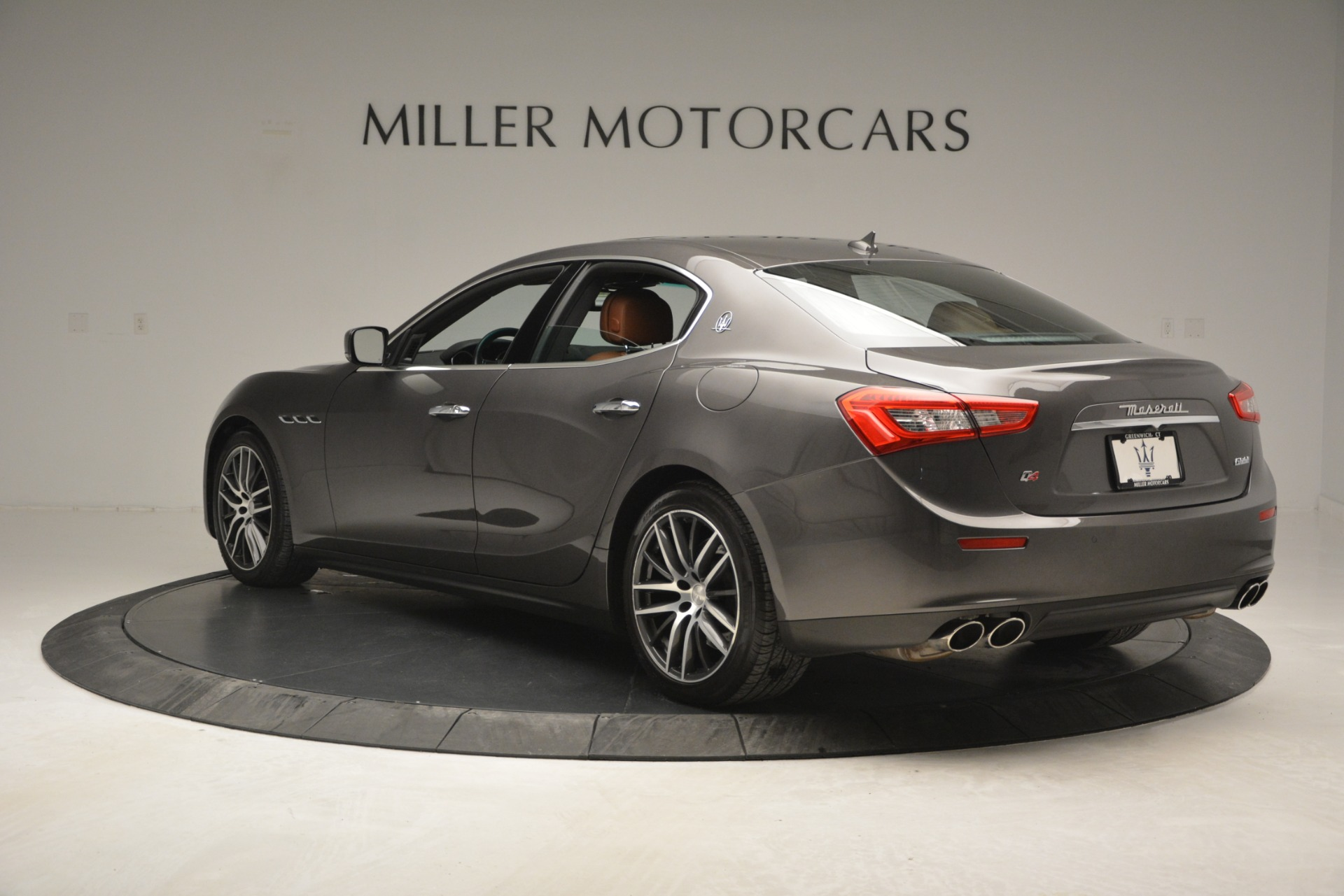 Used 2015 Maserati Ghibli S Q4 For Sale In Westport, CT 2941_p5