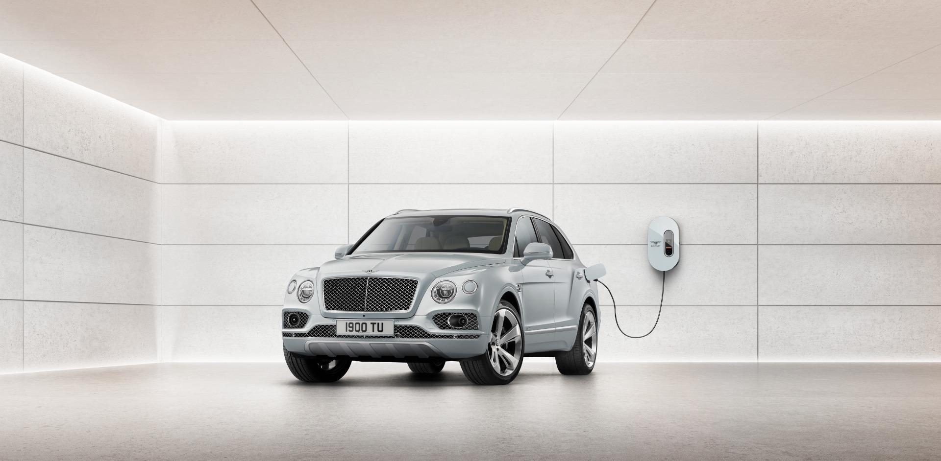 New 2020 Bentley Bentayga Hybrid For Sale In Westport, CT 2942_main