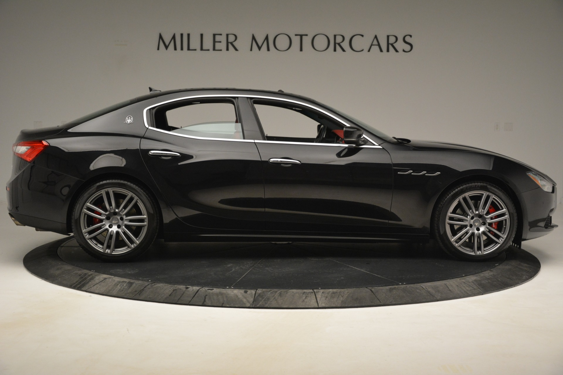 Used 2016 Maserati Ghibli S Q4 For Sale In Westport, CT 2945_p11