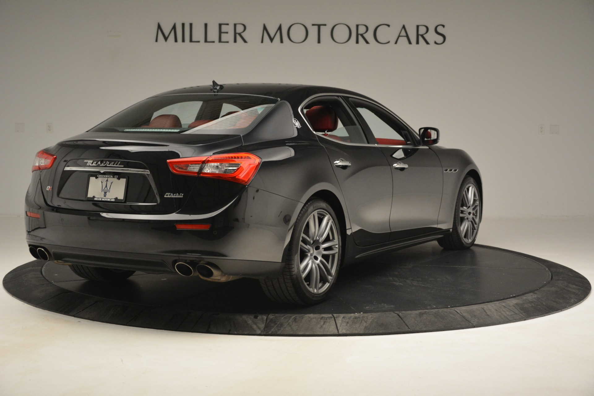 Used 2016 Maserati Ghibli S Q4 For Sale In Westport, CT 2945_p9